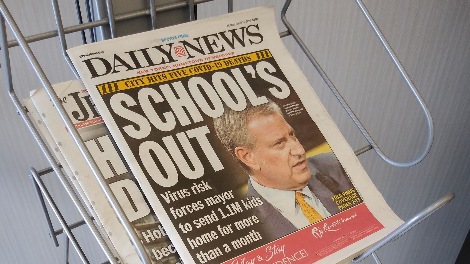New York Daily News makes a plea for local ownership as hedge fund takeover looms