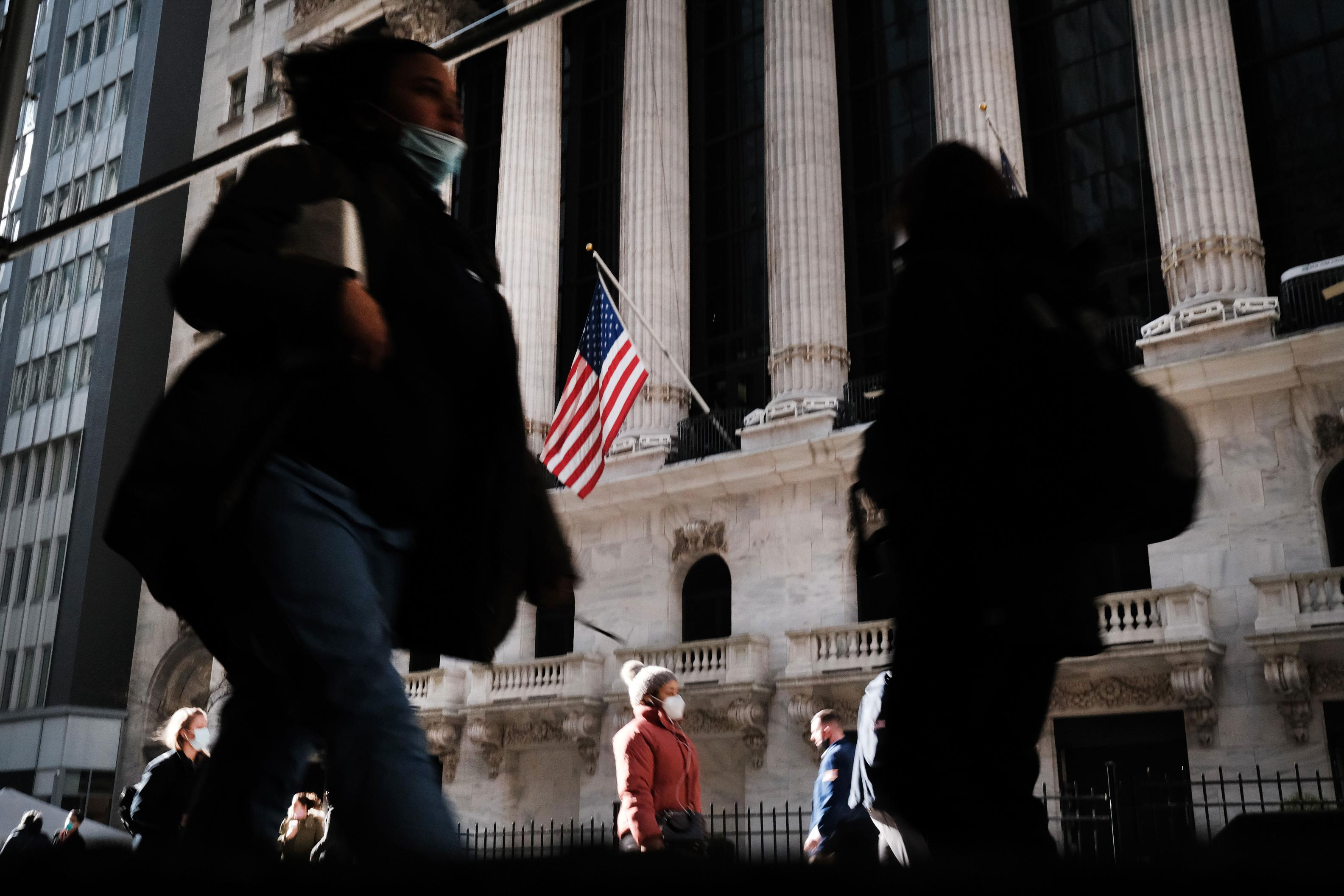 Dow 30,000: How the market rally defied a pandemic