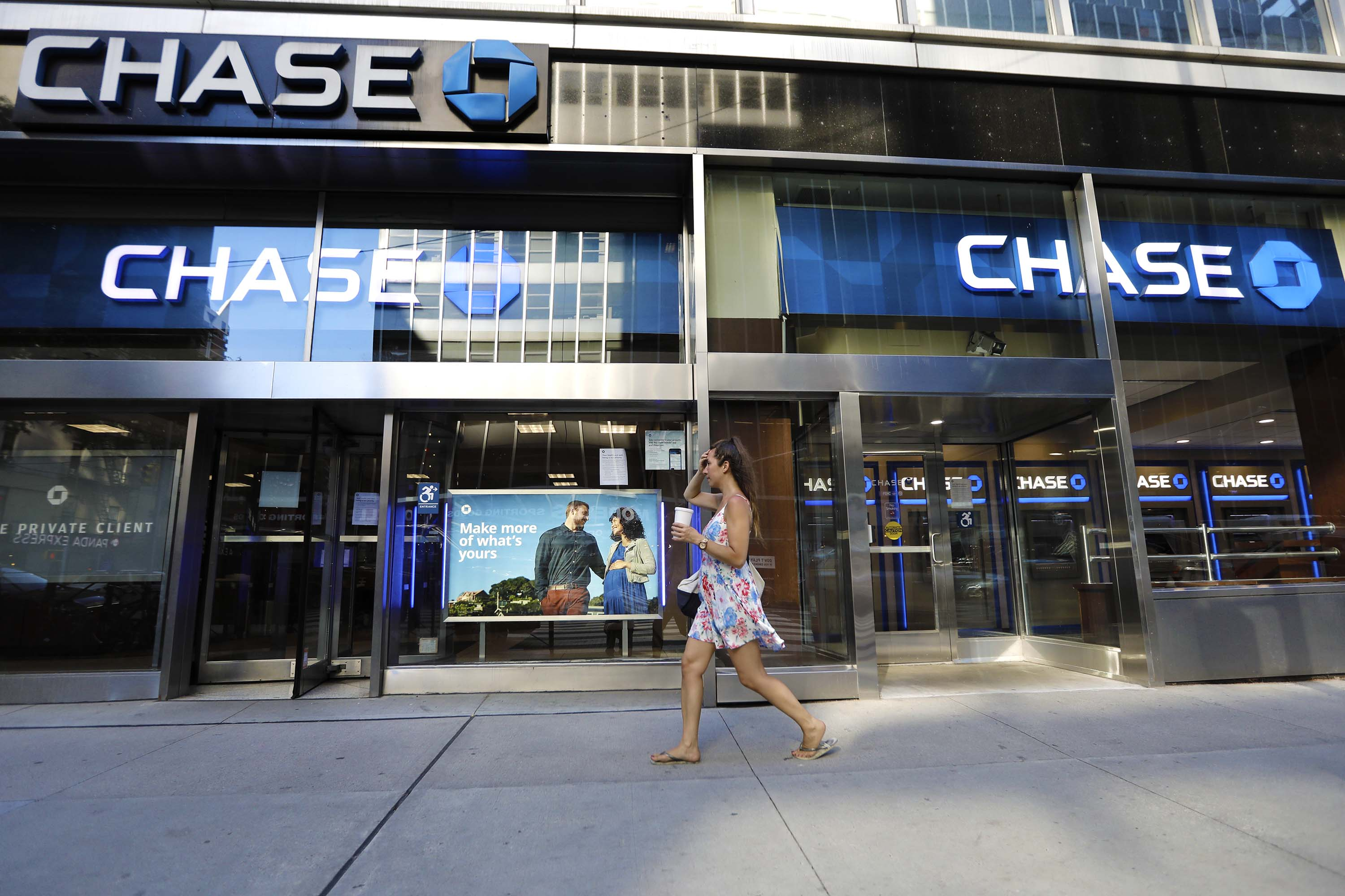 US banks warn of much more economic pain ahead