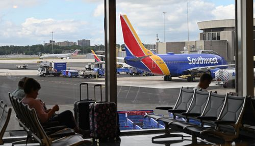 Image for Southwest says it needs all flight attendants back at work this summer