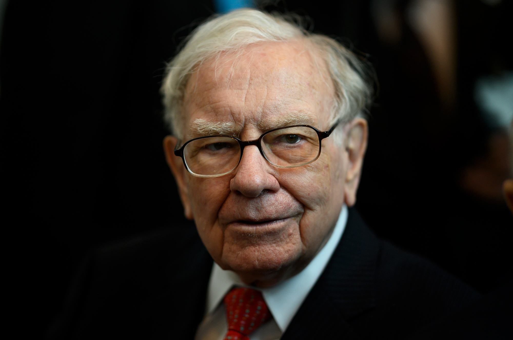 Warren Buffett hasn't publicly backed Biden despite past Democratic endorsements