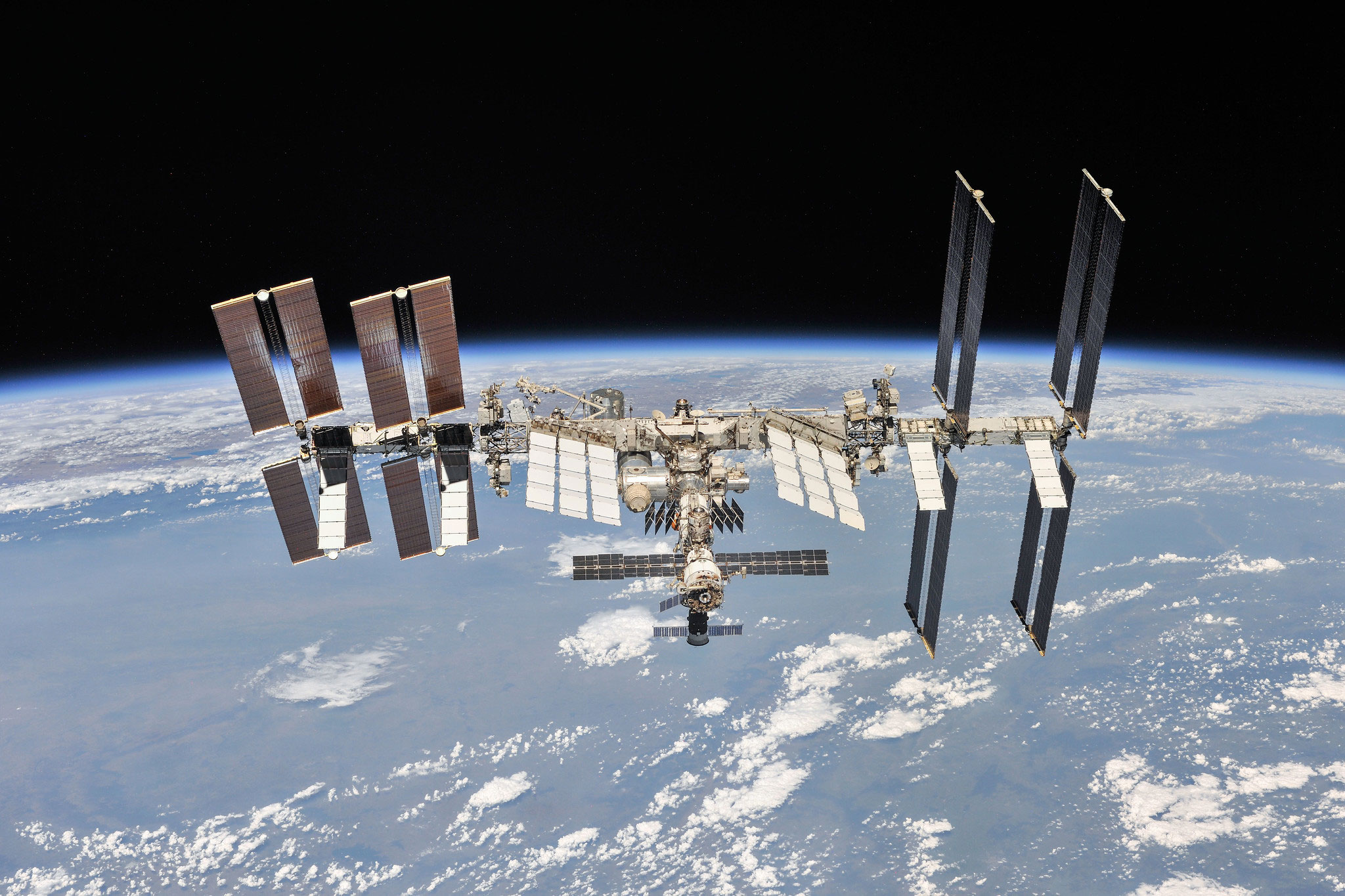 NASA admin warns ISS space junk problem is getting worse after 3 near collisions