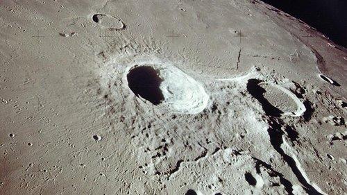 Image for NASA estimates it will need $20 billion to $30 billion for moon landing, administrator says