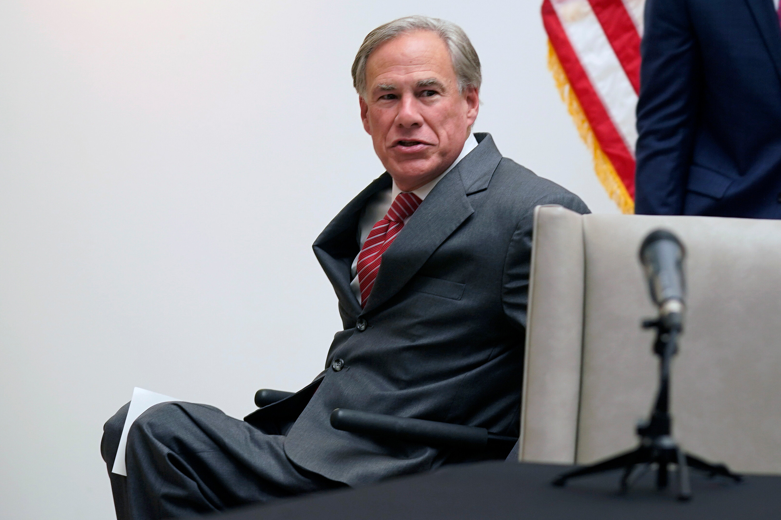Texas governor orders six points of entry along the southern border to be shut down