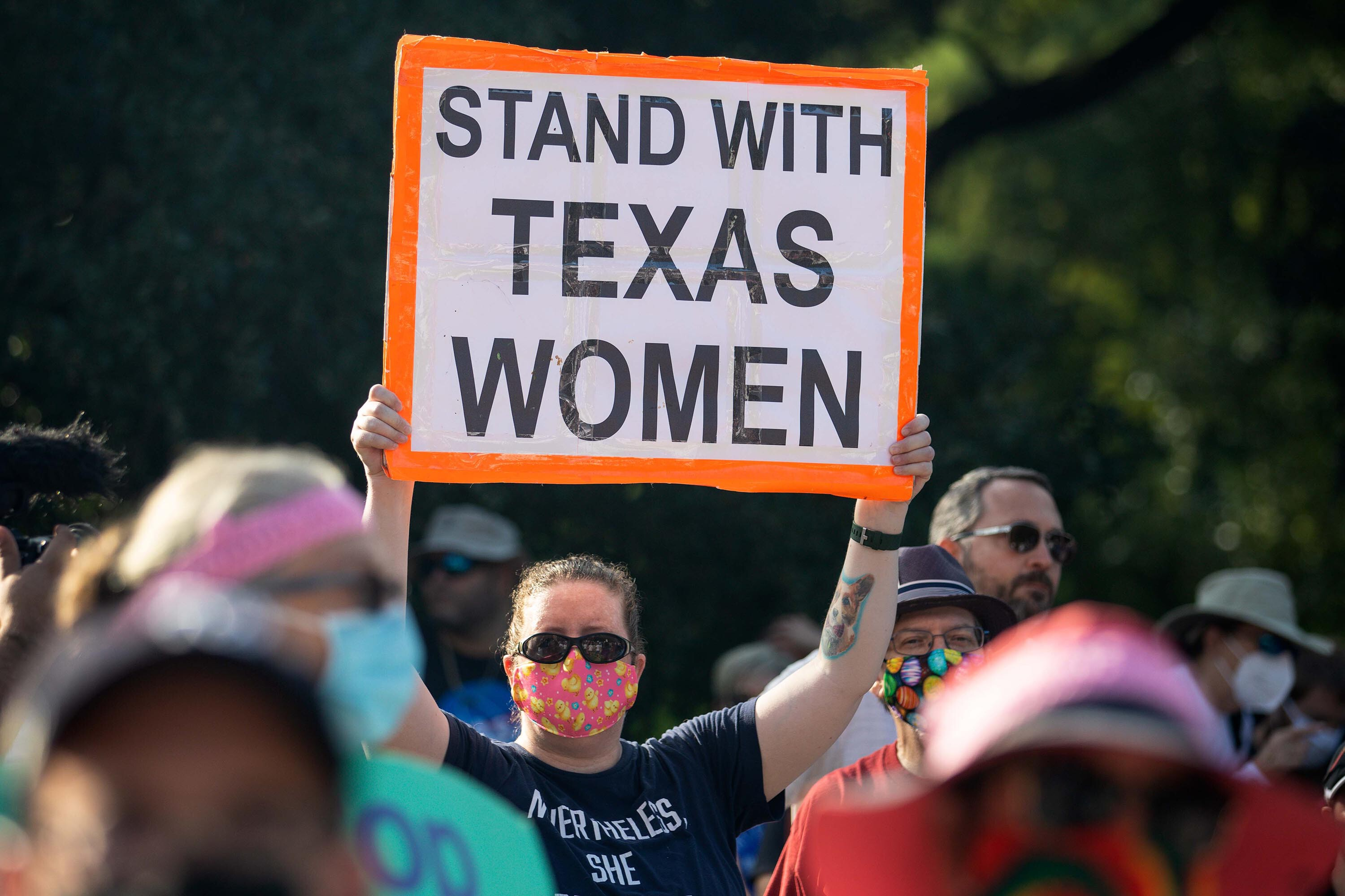 Justice Department says it will ask Supreme Court to block Texas' 6-week abortion ban