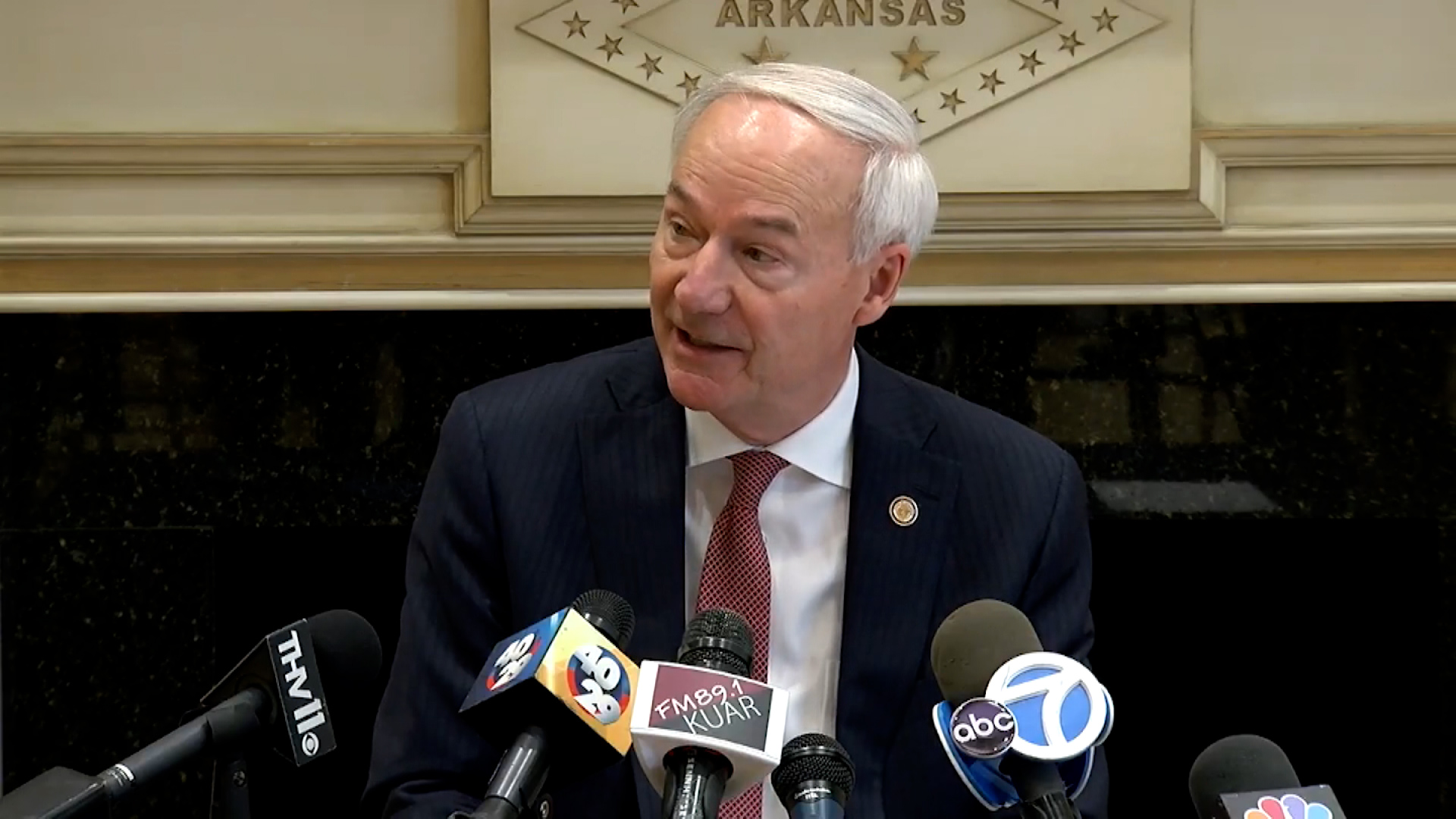 Arkansas bills that restrict voting access head to governor's desk