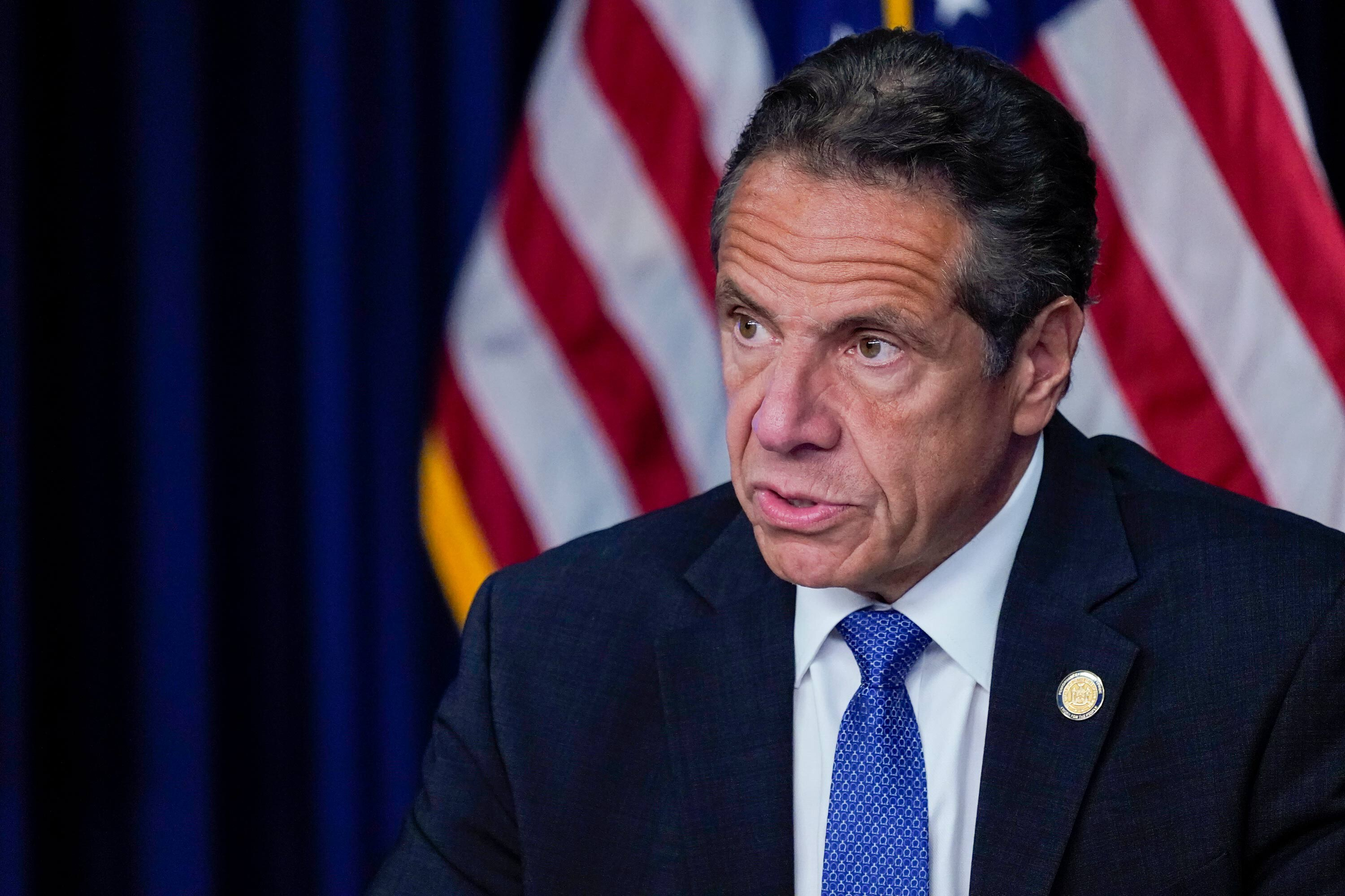 Cuomo in 'fighting mood' even as aides try to convince him to resign