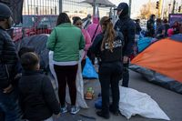 Appeals court blocks administration policy denying bond to asylum seekers