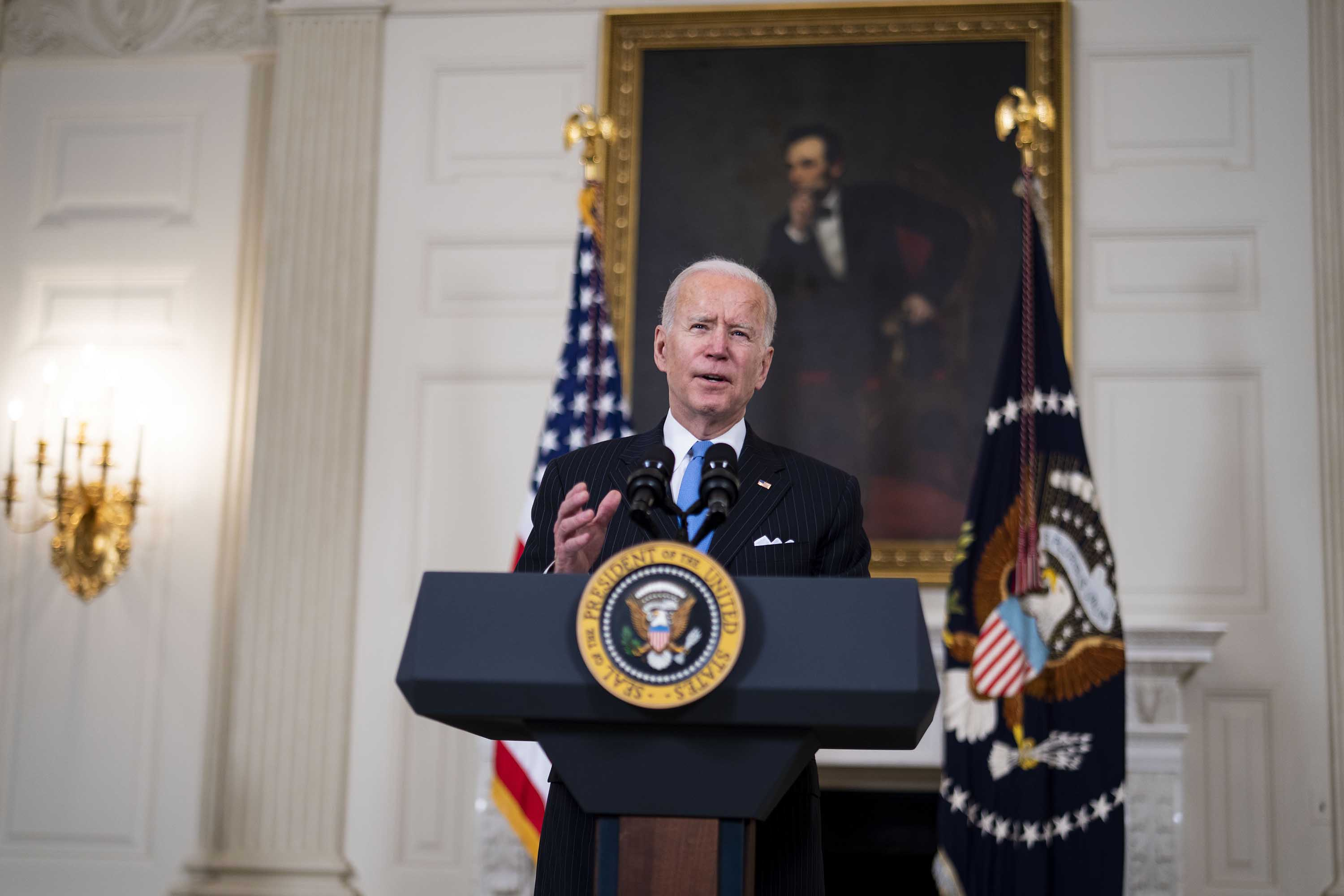 Biden criticizes Texas and Mississippi for lifting restrictions: 'Neanderthal thinking'