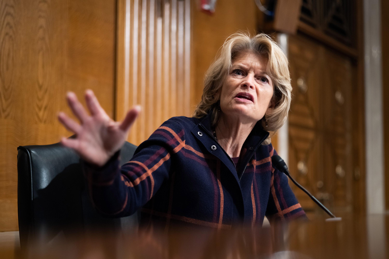 Murkowski seeks White House's 'attention' on Alaska's economic concerns as she weighs Biden budget pick