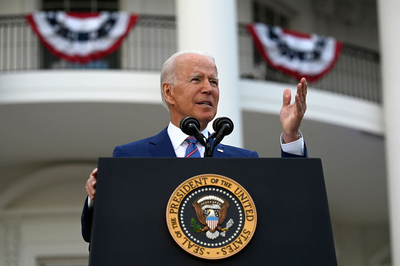 'If you aren't going to help, please get out of the way': Biden turns up the pressure on GOP governors as Delta spreads