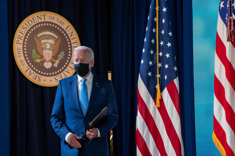 Biden announces new vaccine mandates that could cover 100 million Americans