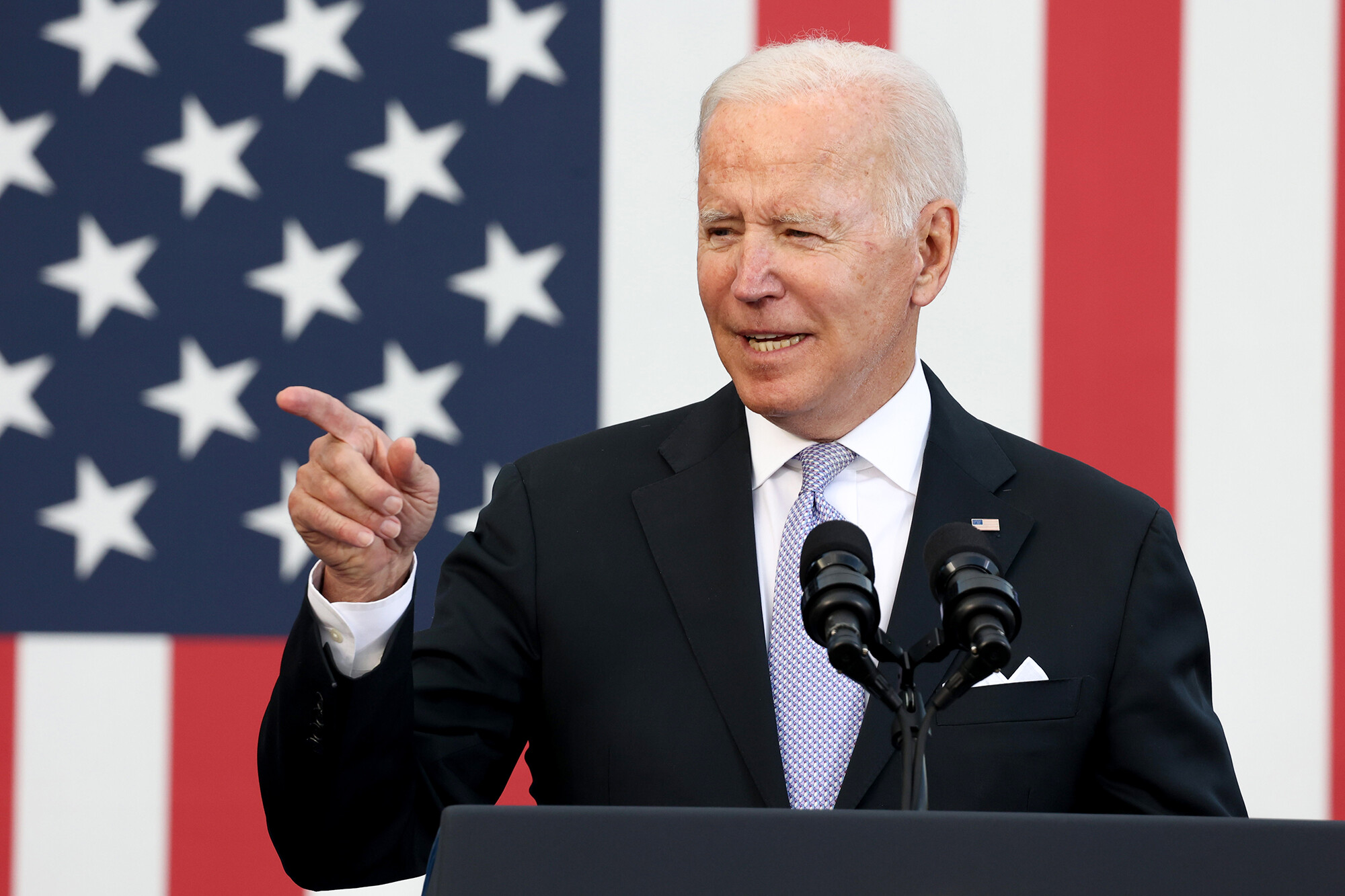 Biden pitching spending plans in New Jersey ahead of key week for Hill negotiations
