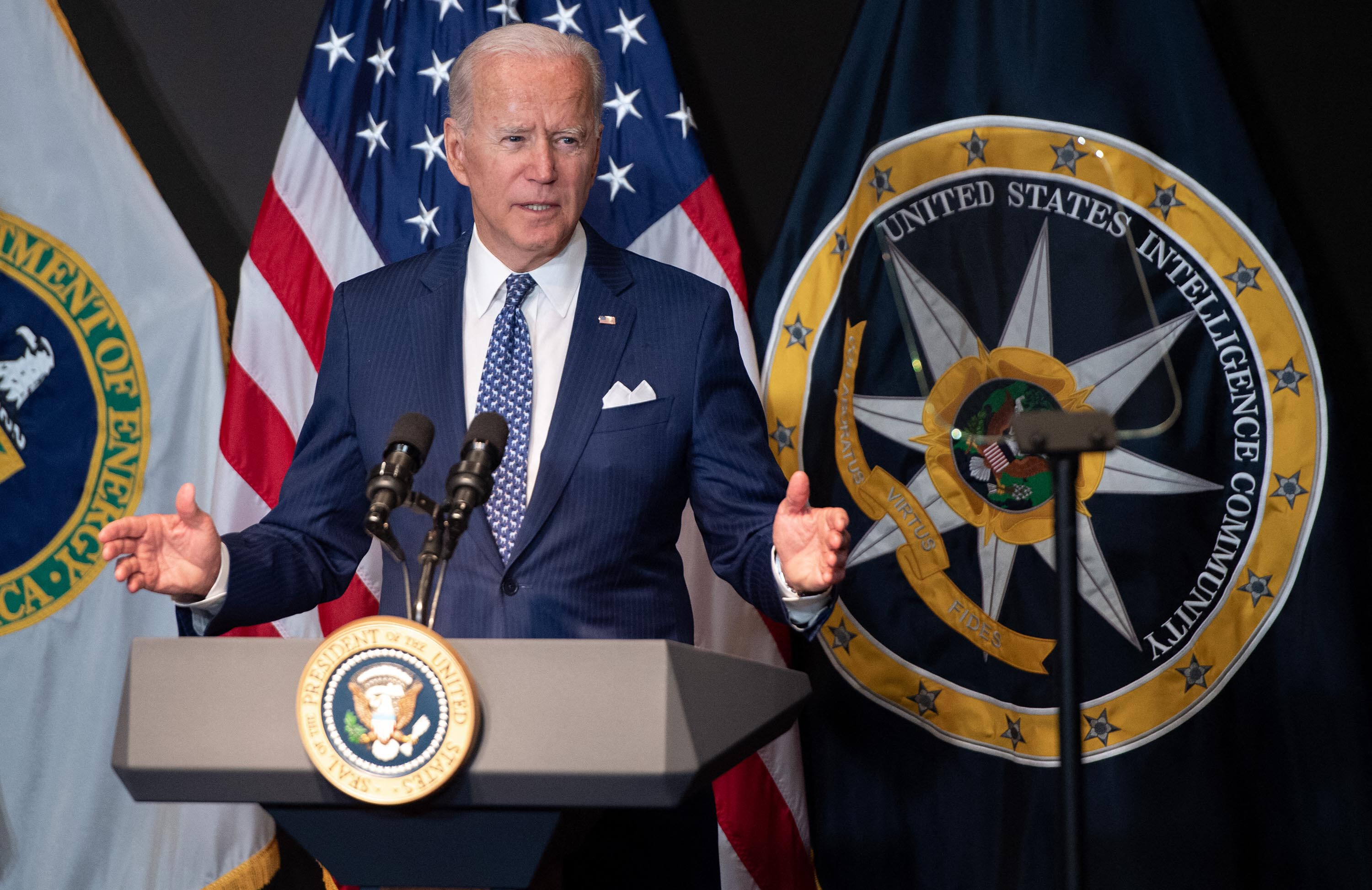 Biden shifts onus for pandemic onto the unvaccinated as he readies federal worker vaccine requirement