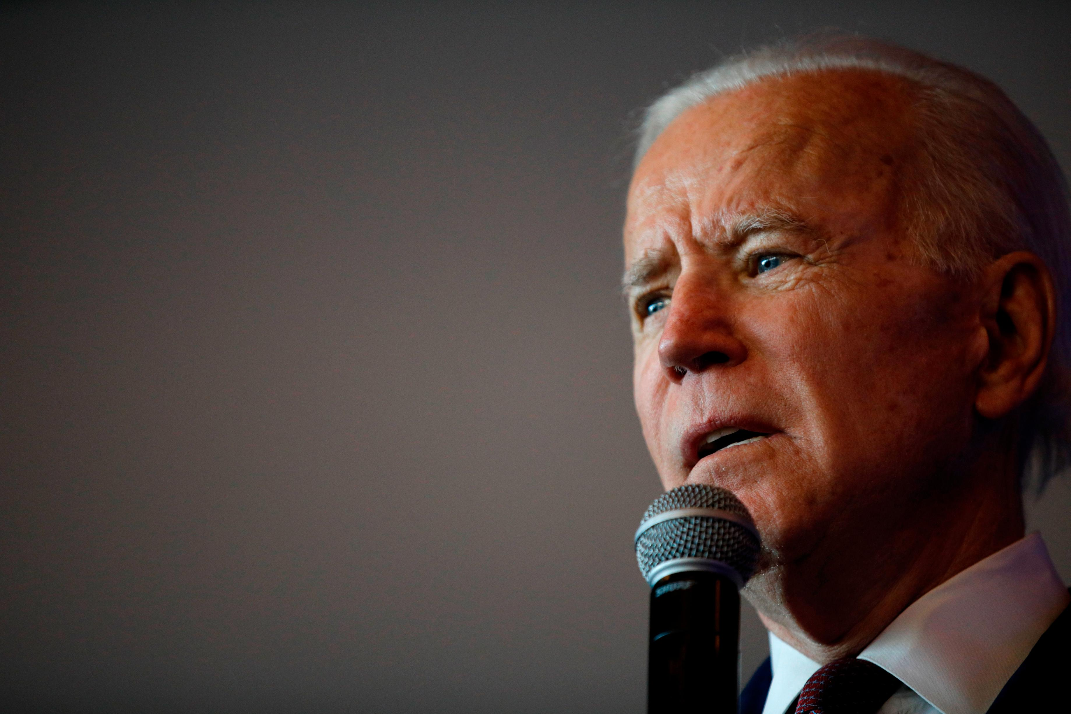 Biden shares story of faith with pastor who lost wife in 2015 Charleston shooting