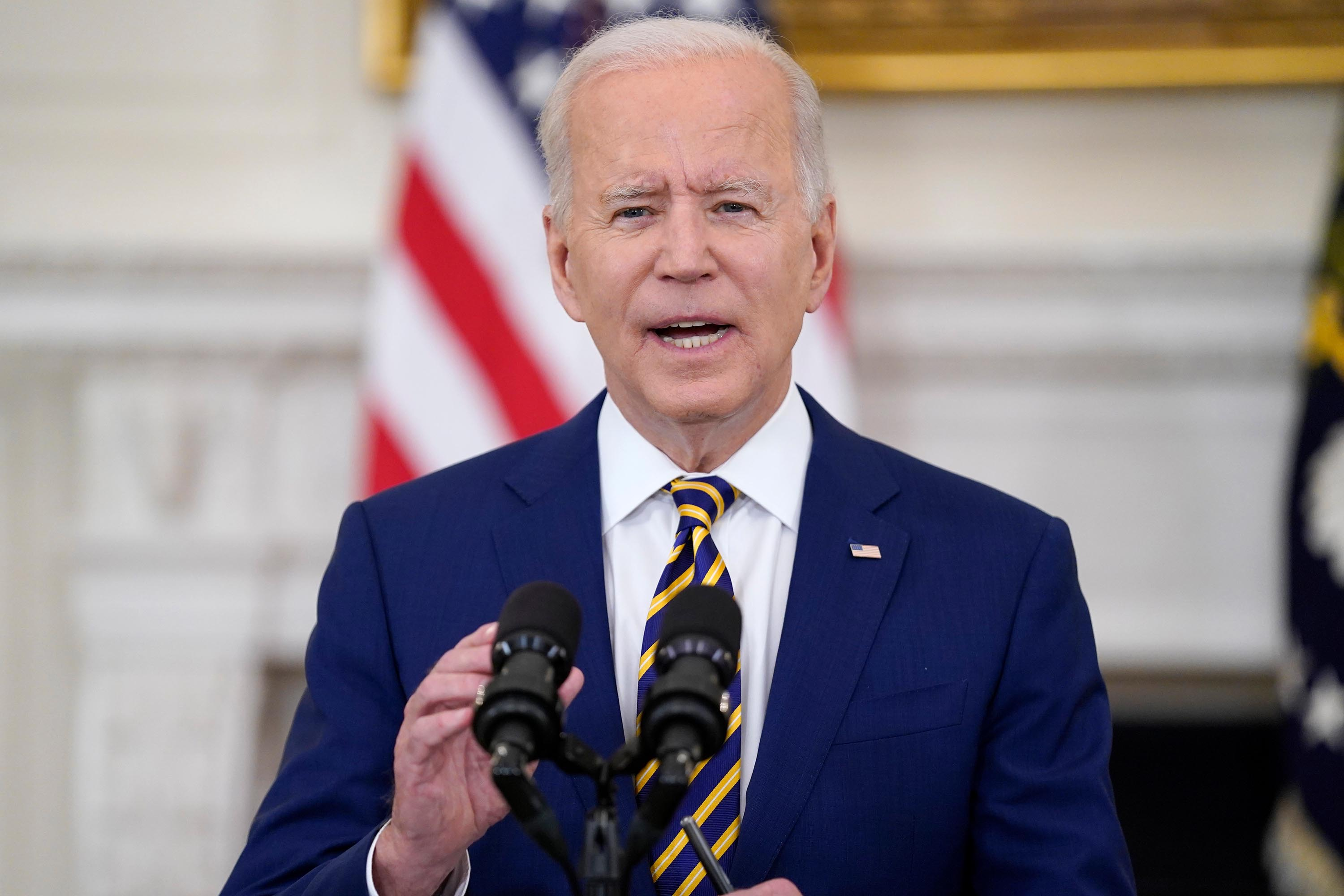 Biden meets with key Democratic senators as he pushes for path on voting, infrastructure