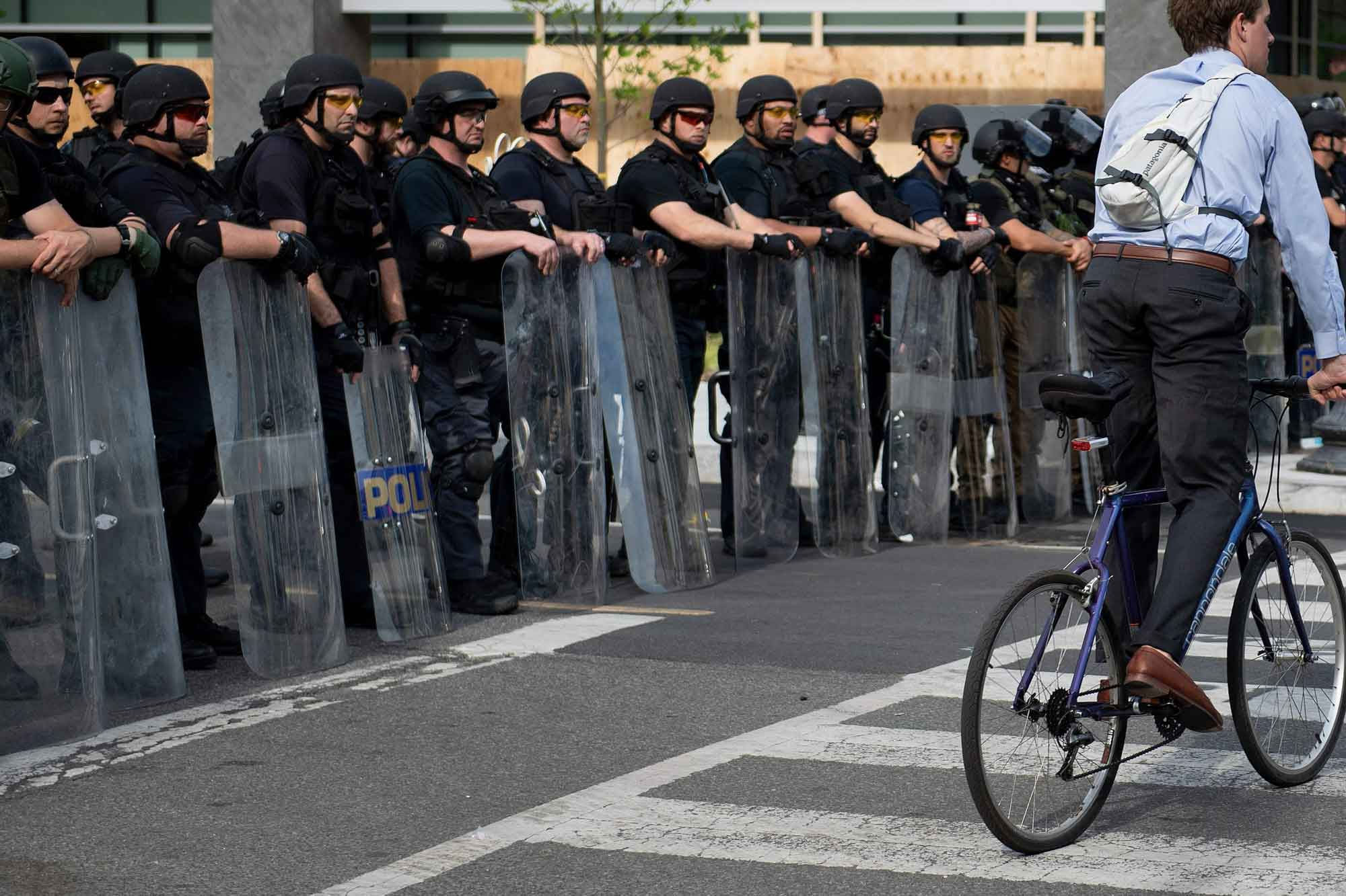 Defense bill would stop unidentified federal forces from patrolling American streets