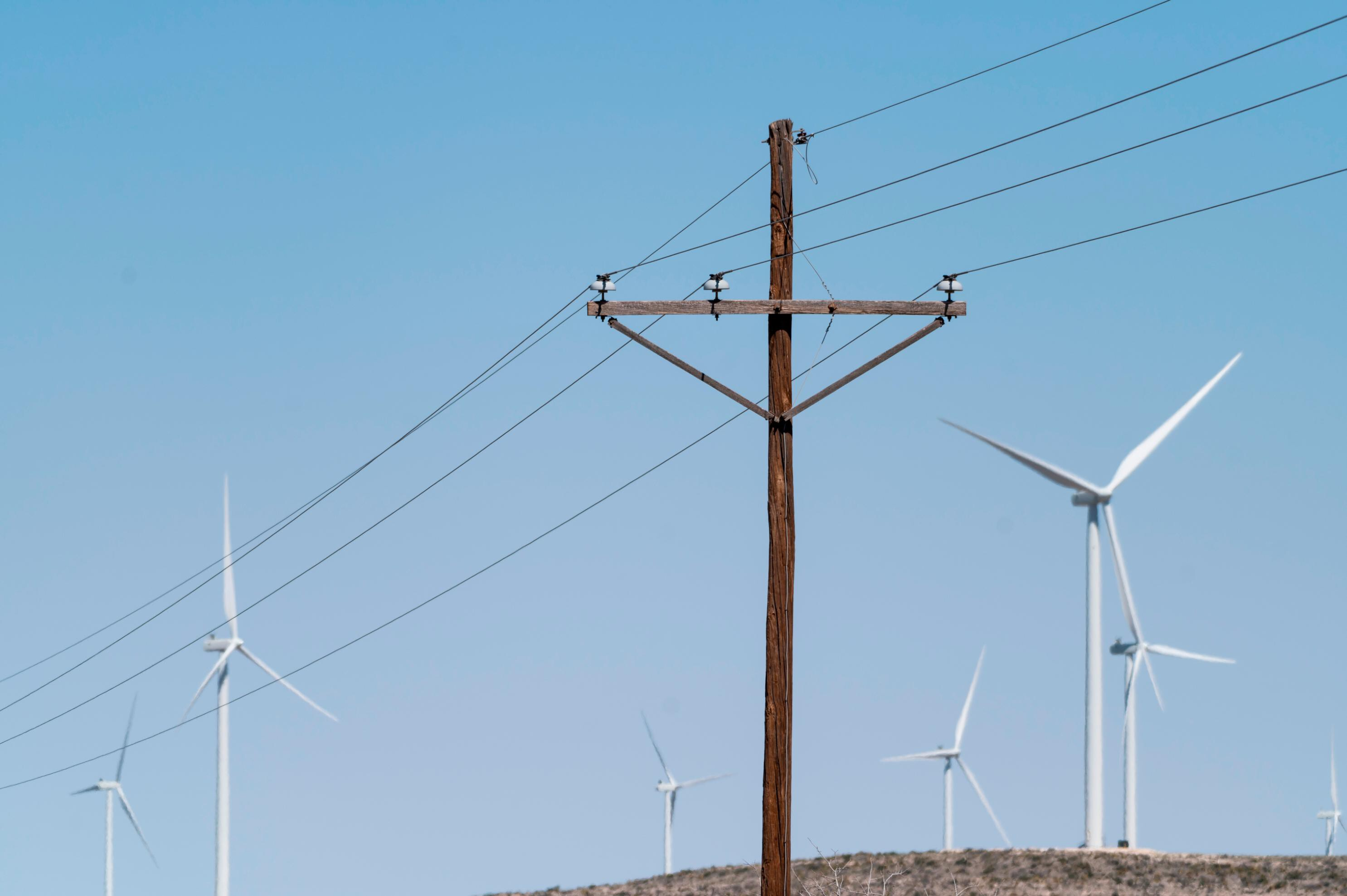 House lawmakers release early details of program that would overhaul electricity sector and slash fossil fuel emissions