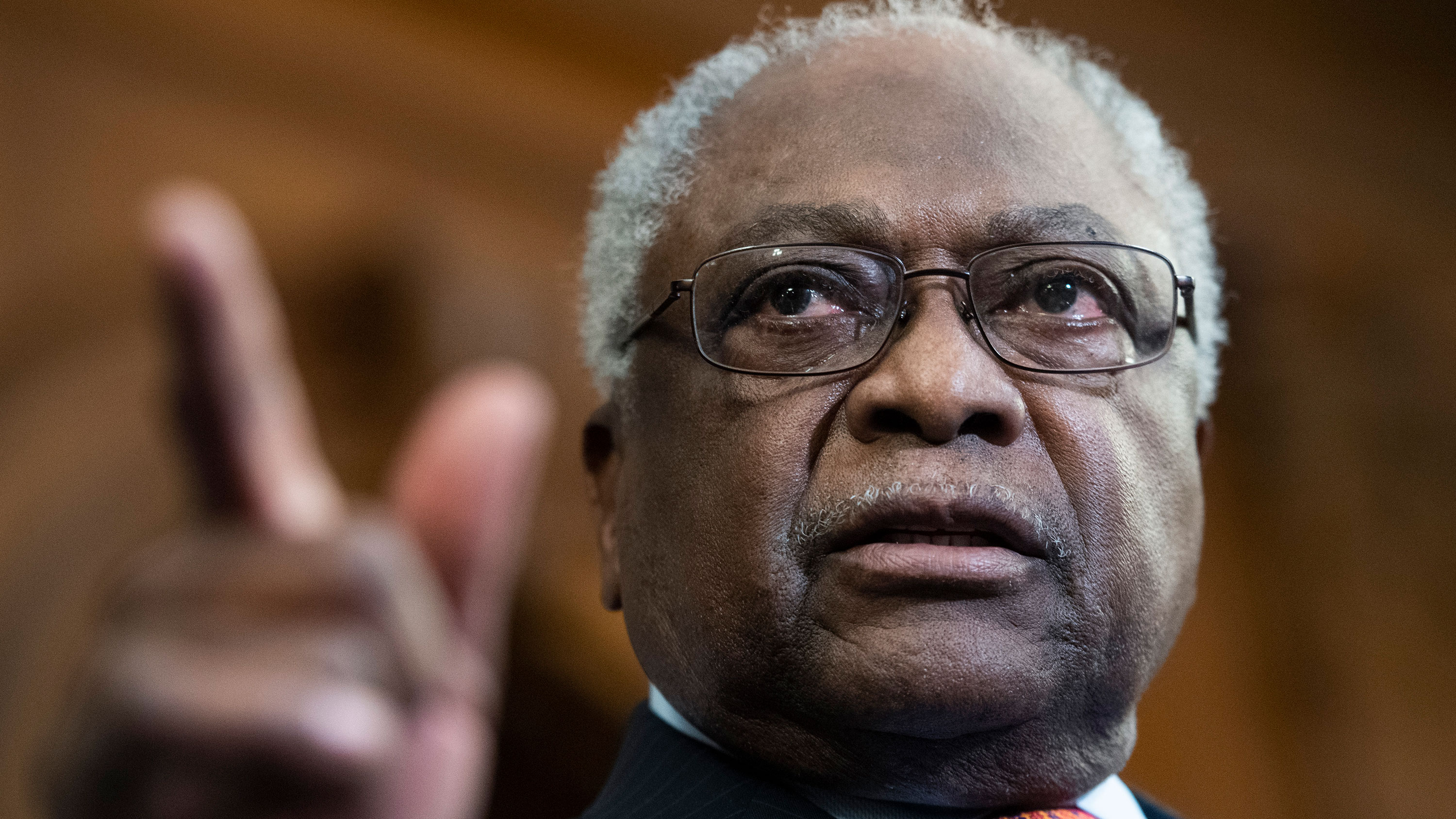 South Carolina Rep. Jim Clyburn endorses Joe Biden ahead of primary