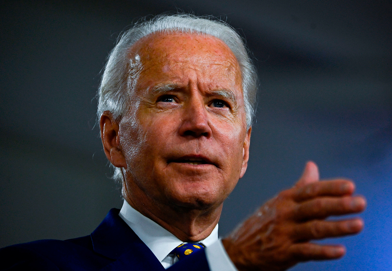 Congress spars over Russia's intentions in spreading disinformation about Biden