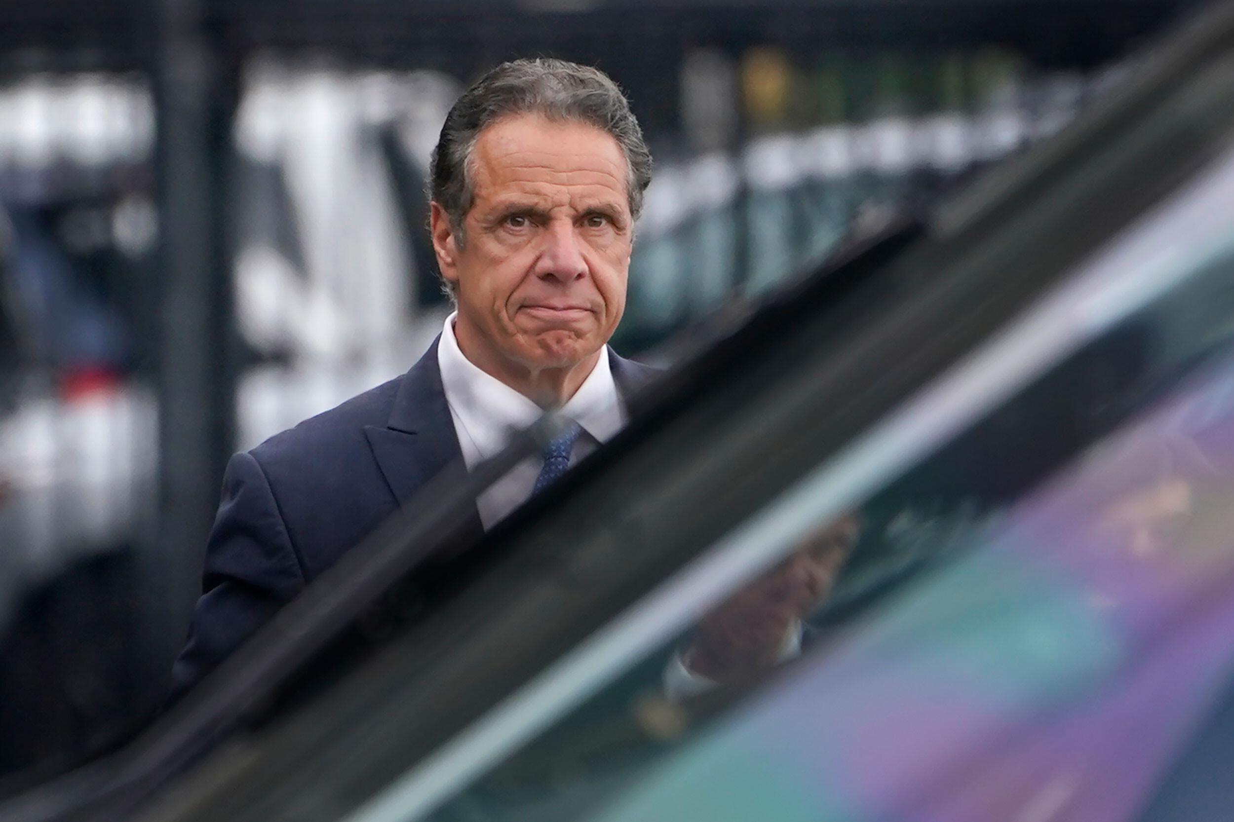 New York lawmakers suspend Cuomo impeachment investigation