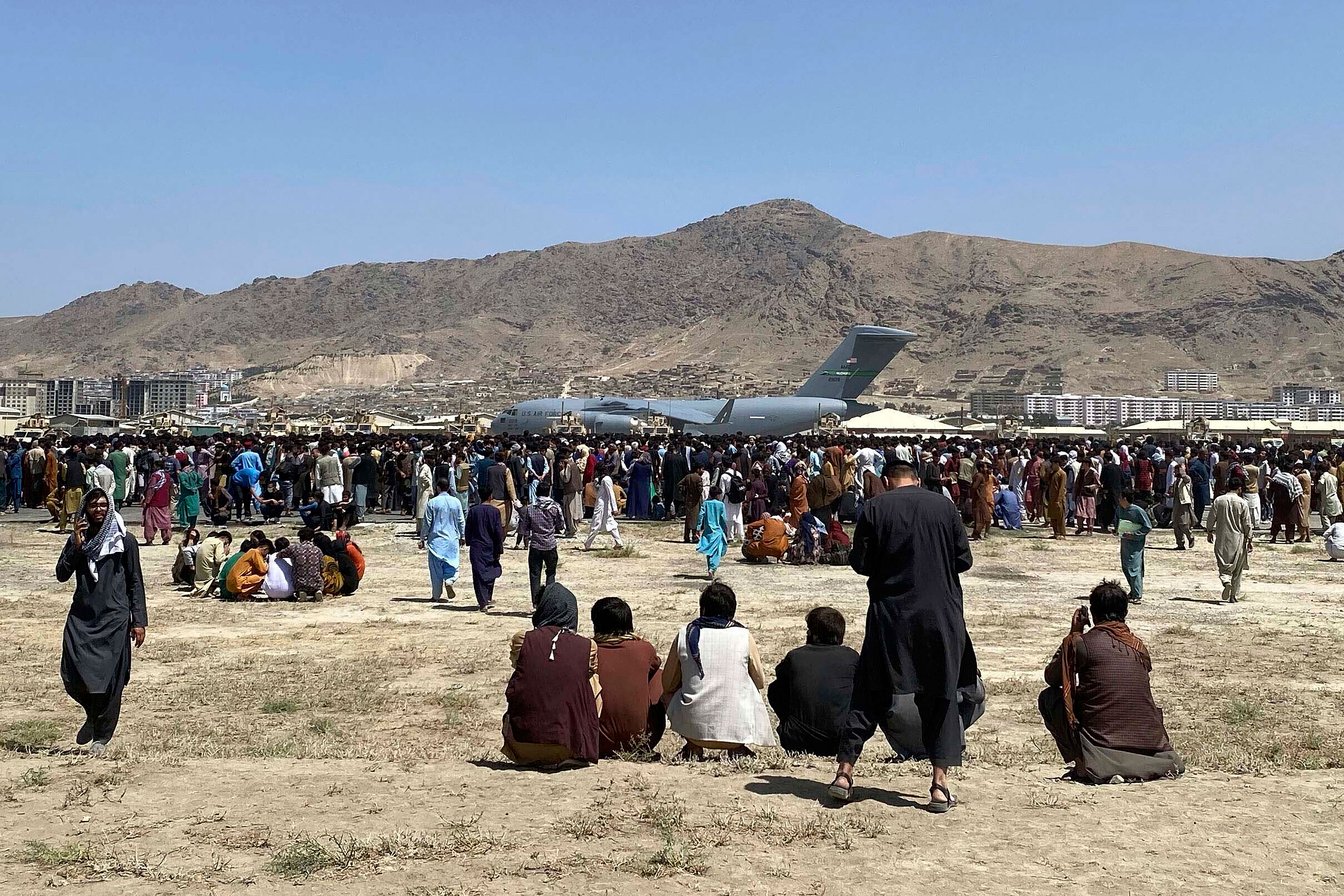 US military gives Biden a deadline to decide on extending Afghanistan evacuations