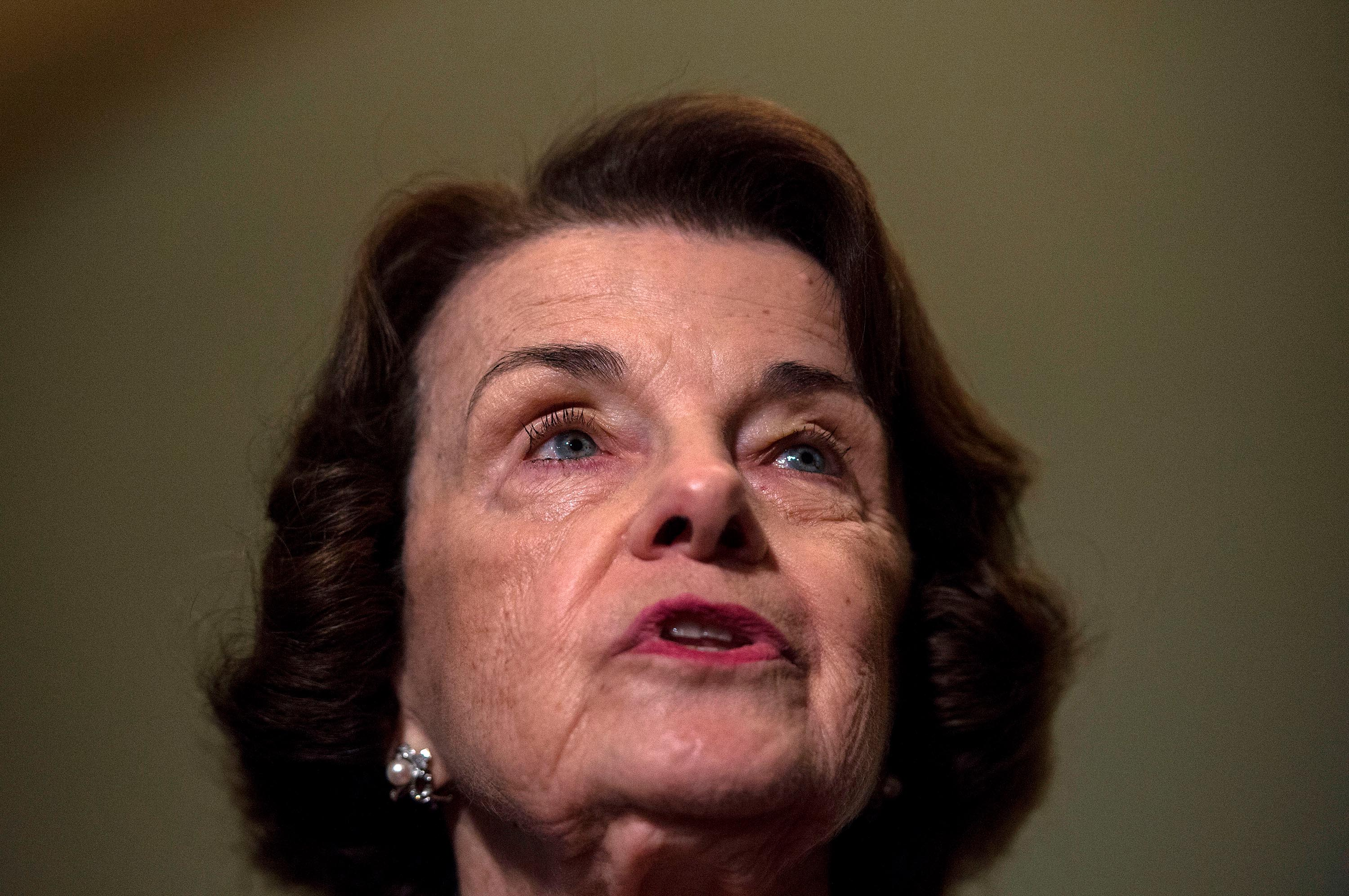 Top Democrats refuse to stand by Feinstein after she praised GOP handling of Barrett hearings