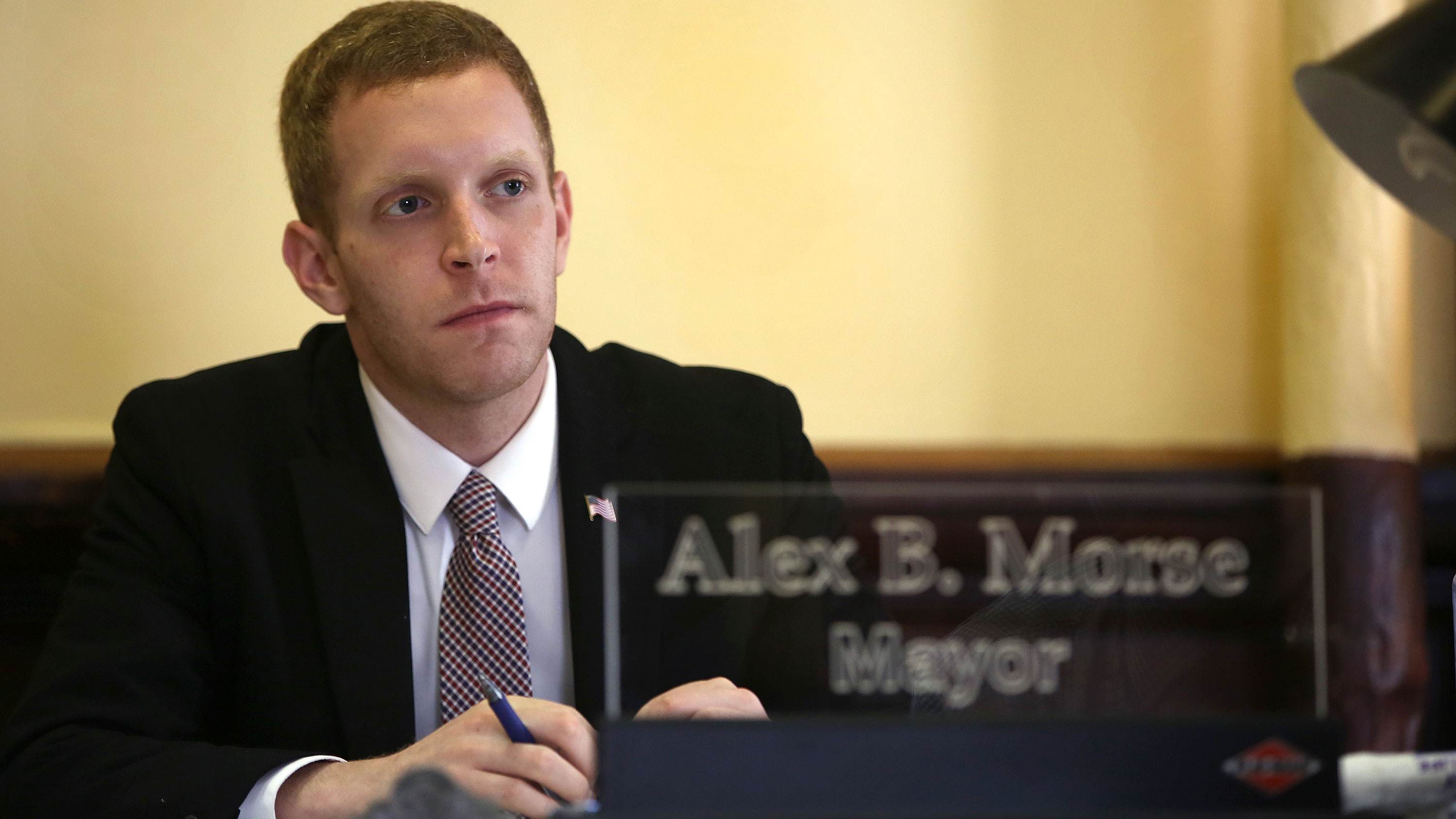 Democratic House candidate in Massachusetts apologizes after being accused of inappropriate behavior