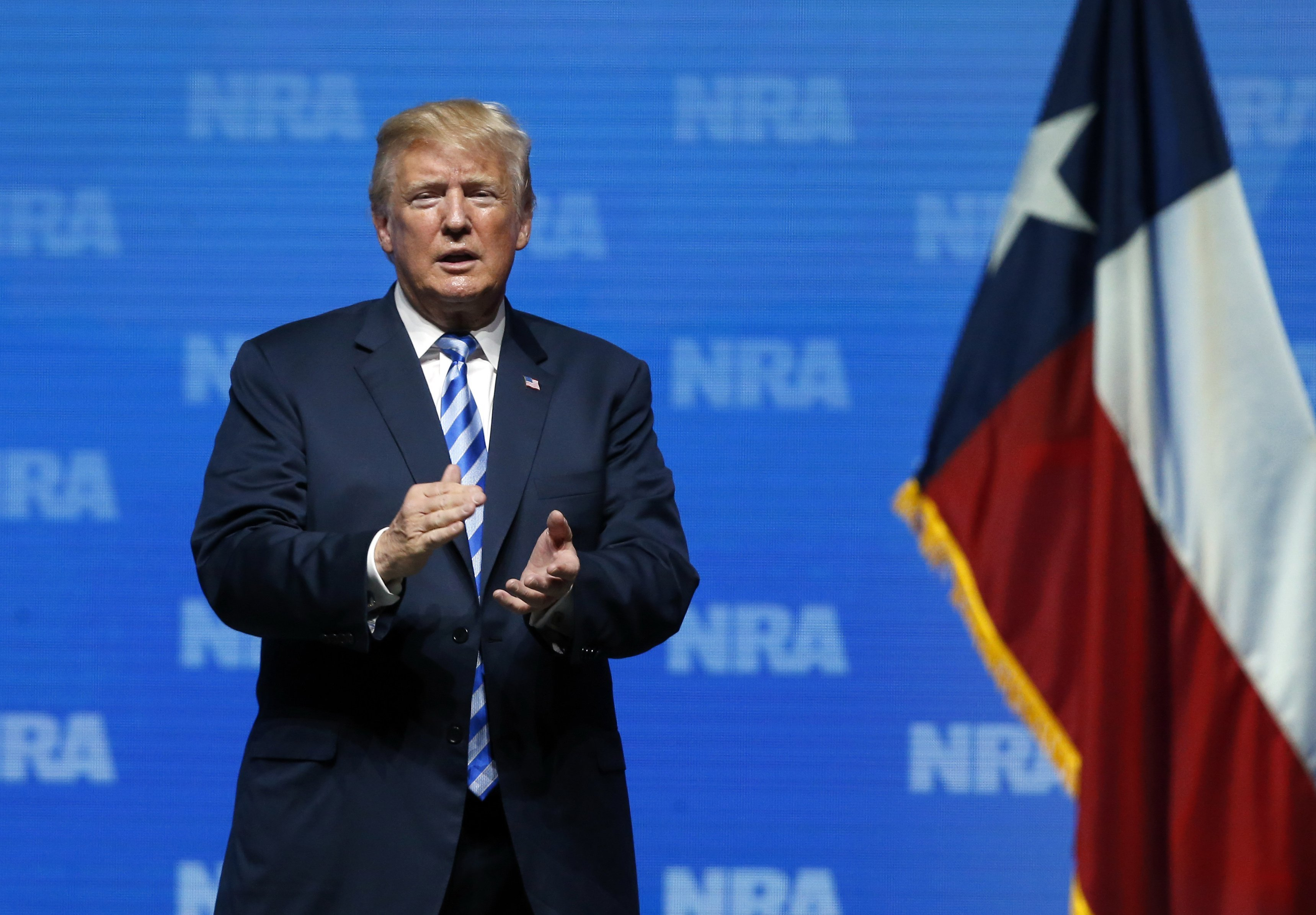 Trump cools on background check push in recent lawmaker conversations