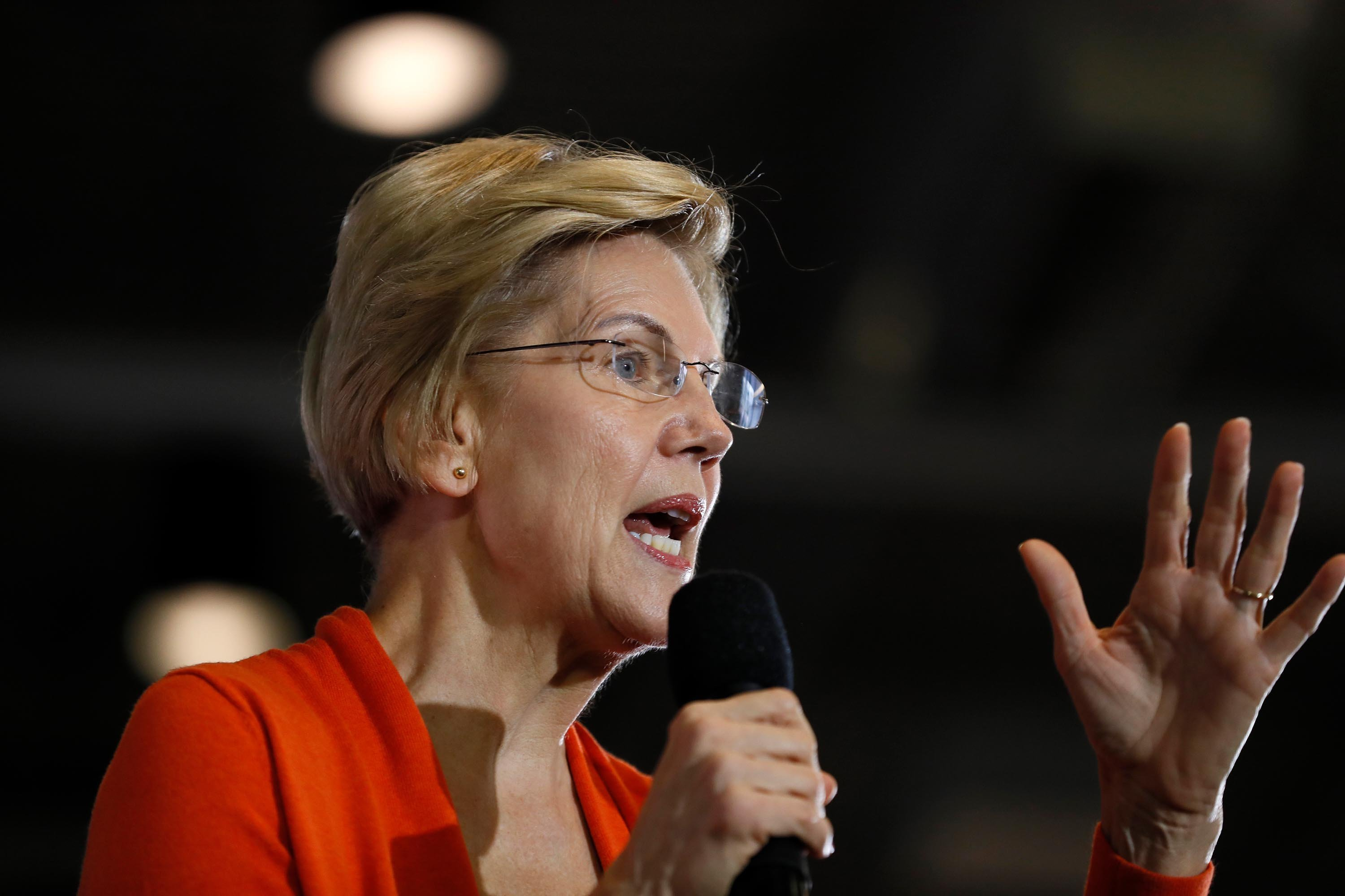Elizabeth Warren on getting men to vote for a woman: 'How about we give them a tough smart woman to vote for'