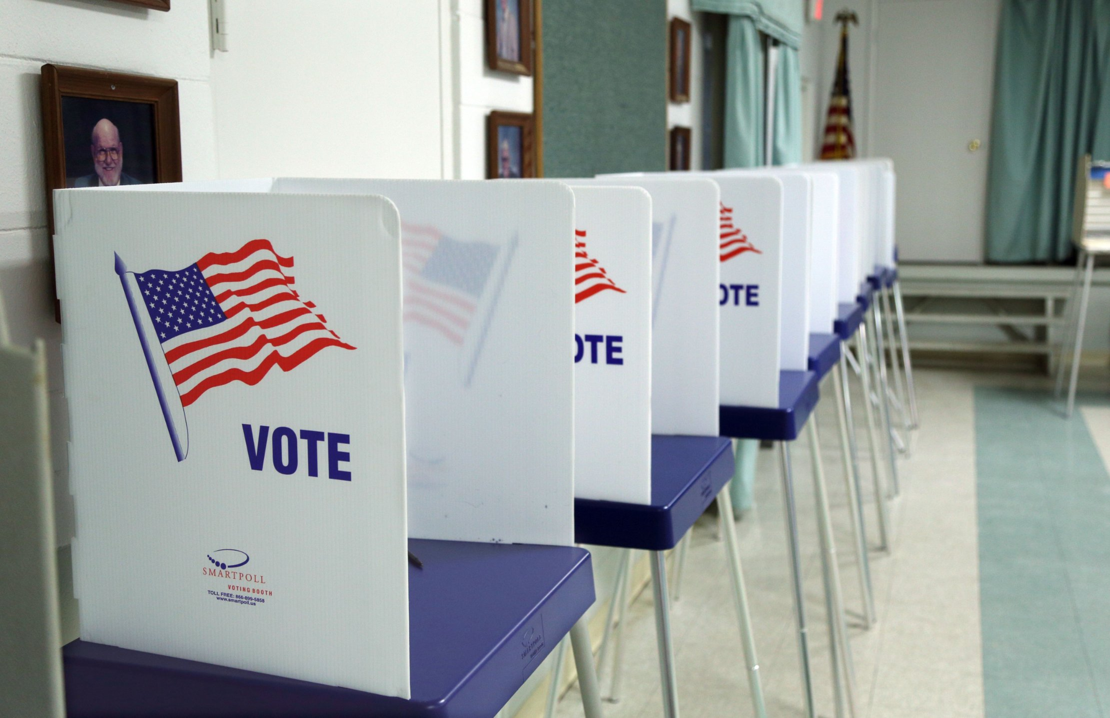 Federal appeals court won't lift block on Florida law making it harder for ex-felons to vote