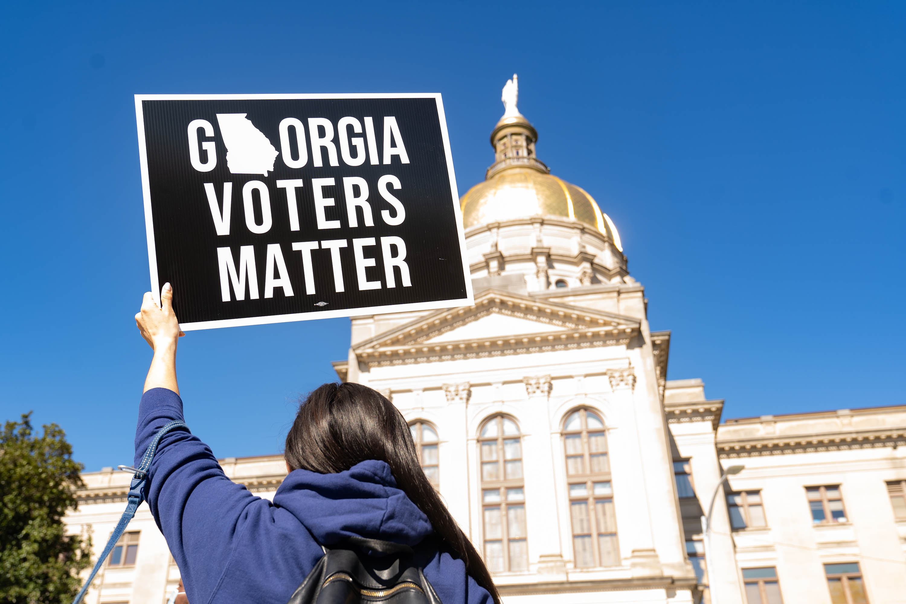 Fulton County passes resolution that would explore legal challenges to Georgia voting law