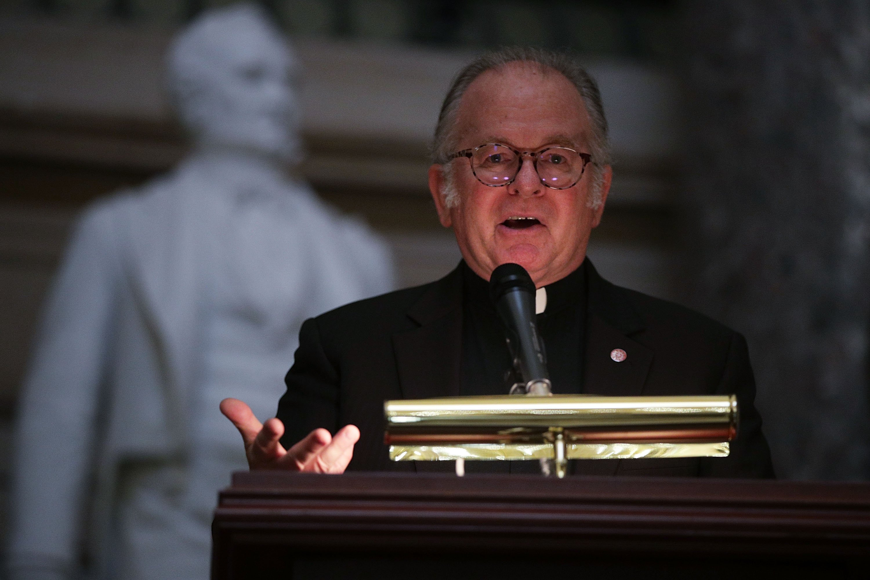 House chaplain prays to cast 'spirits of darkness' from Congress