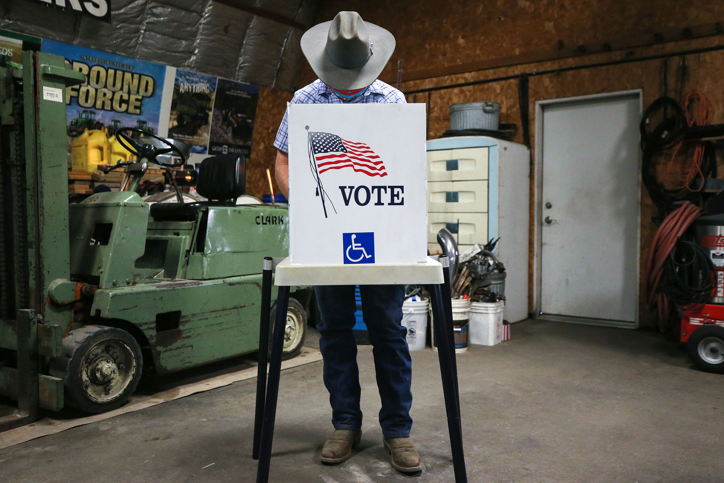GOP-backed Iowa bill aimed at restricting voting access heads to governor's desk
