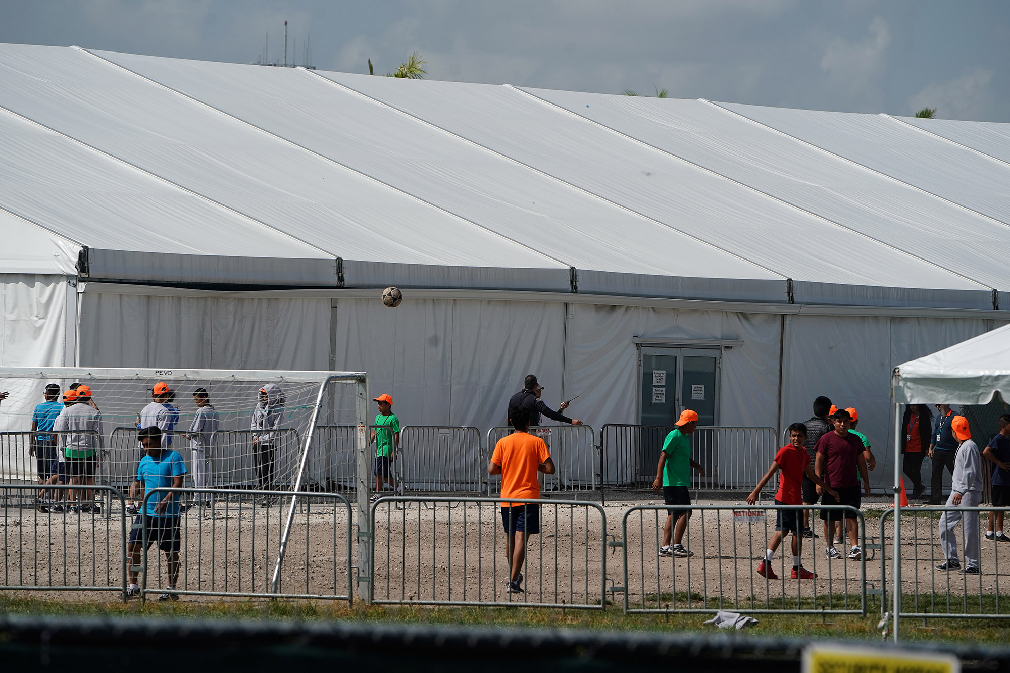 Immigrant families in detention have until Friday to make a difficult decision
