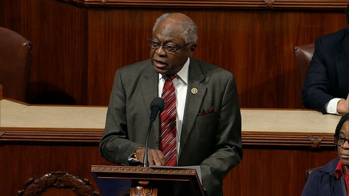 Image for Clyburn says best way for Trump to honor John Lewis is to sign bill on voting rights