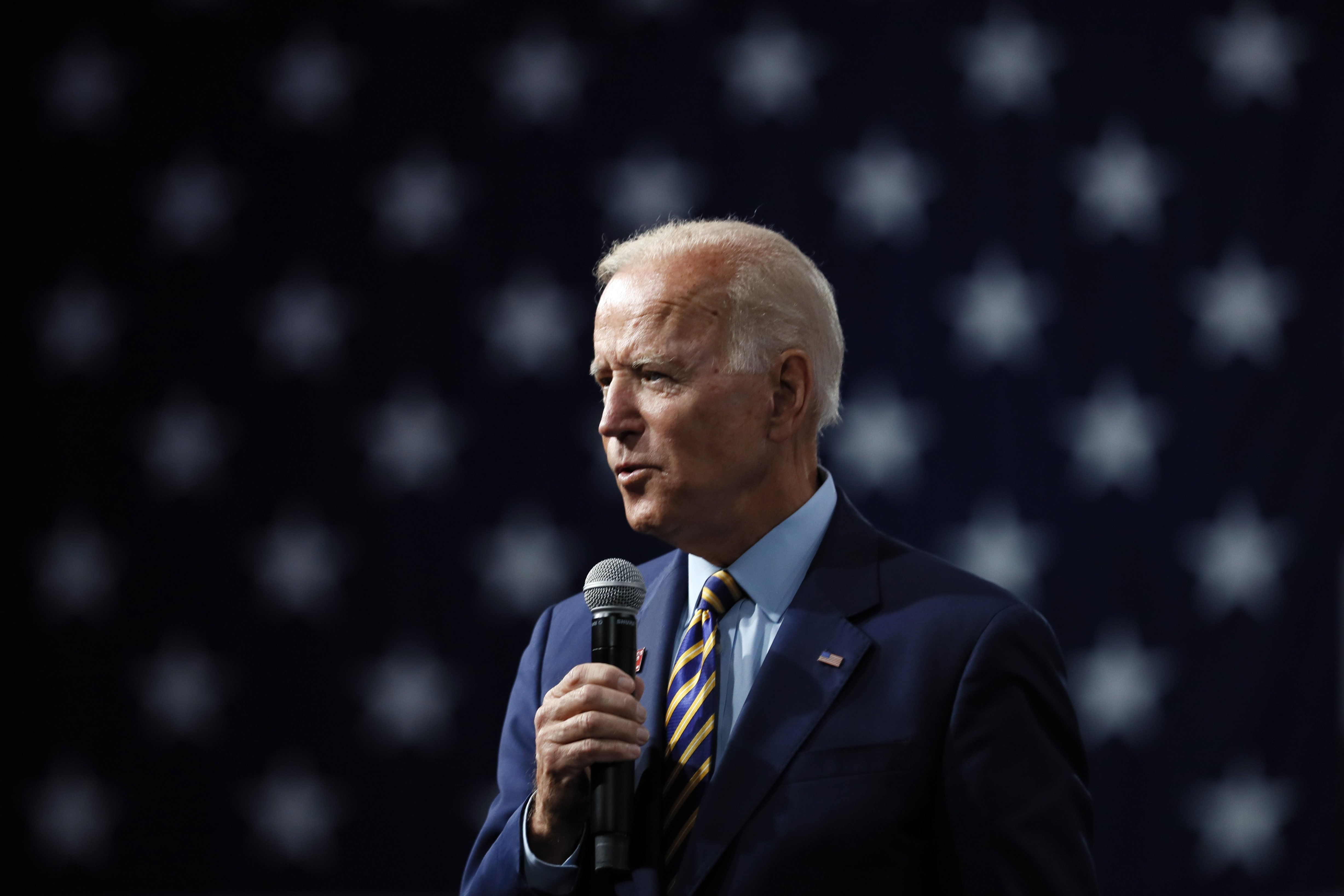 Recalling deaths of MLK and Robert Kennedy, Biden poses hypothetical question about an Obama assassination