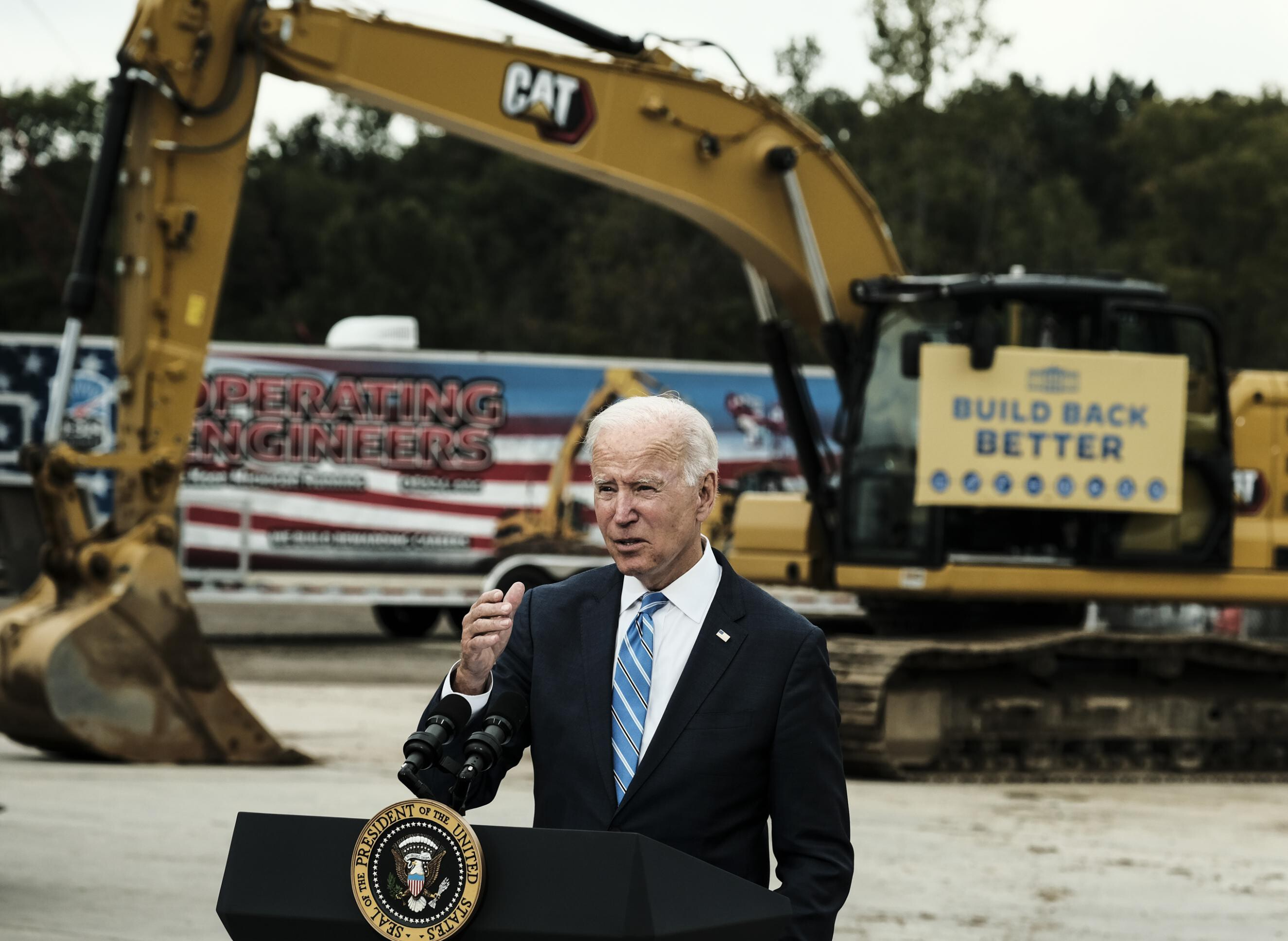 Biden ramps up pressure on Republicans to raise debt ceiling: 'The United States pays its bills'