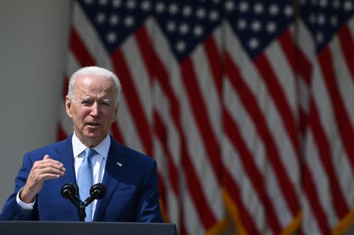 Image for Biden calls for 'peace and calm' in the wake of Daunte Wright's fatal encounter with police in Minnesota