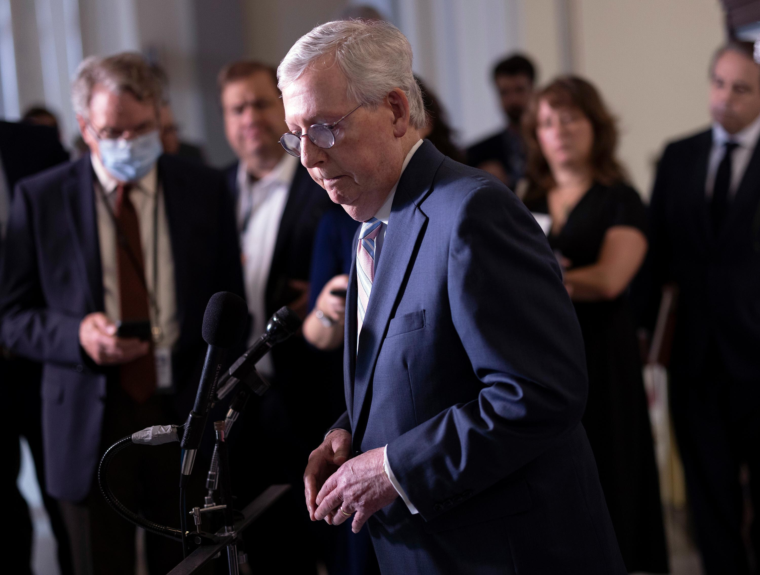 McConnell cites experience with polio in ad pushing Kentuckians to get vaccinated