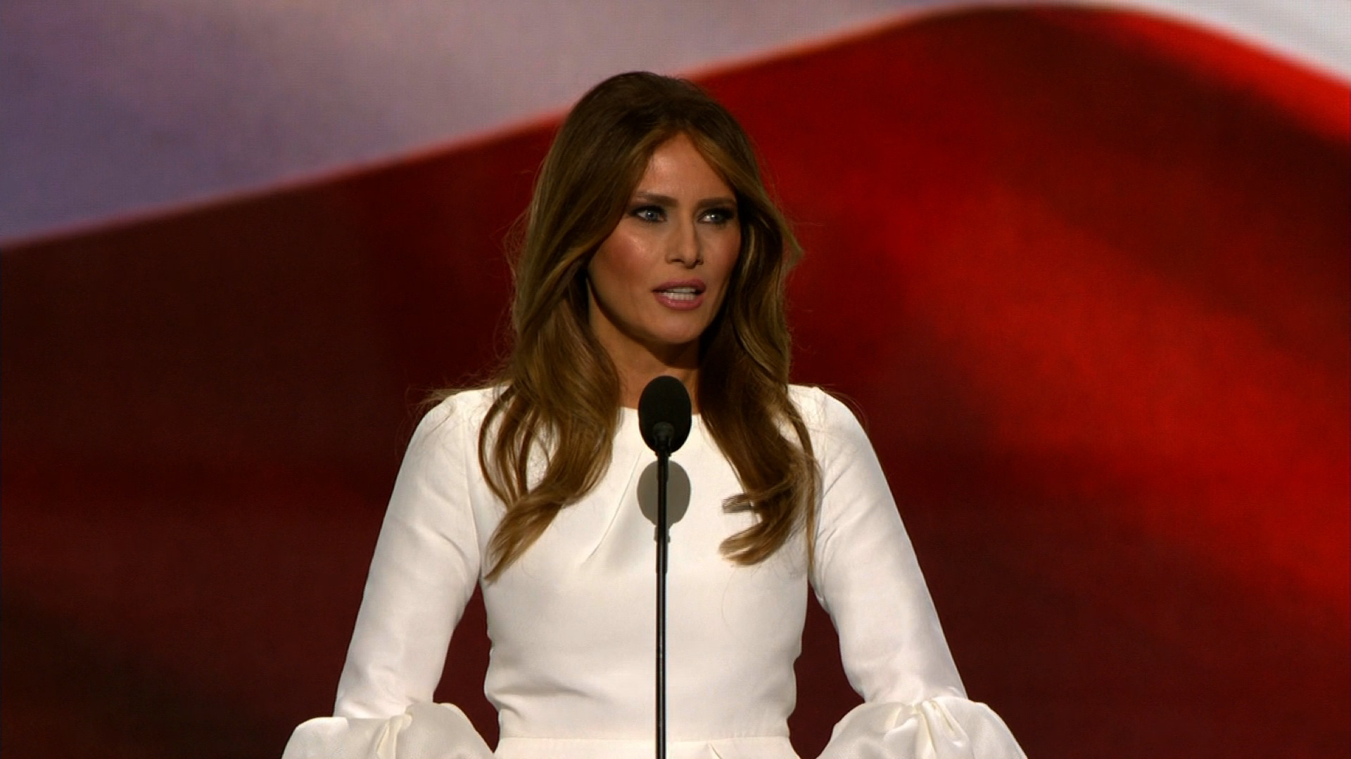 Melania Trump plots convention speech that hopes to avoid past missteps