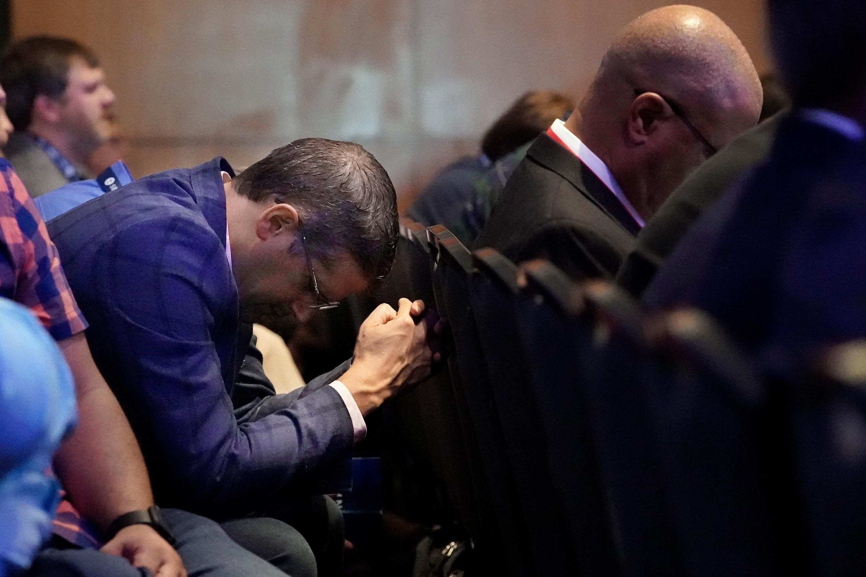 Moderates win the day in close vote over Southern Baptist presidency