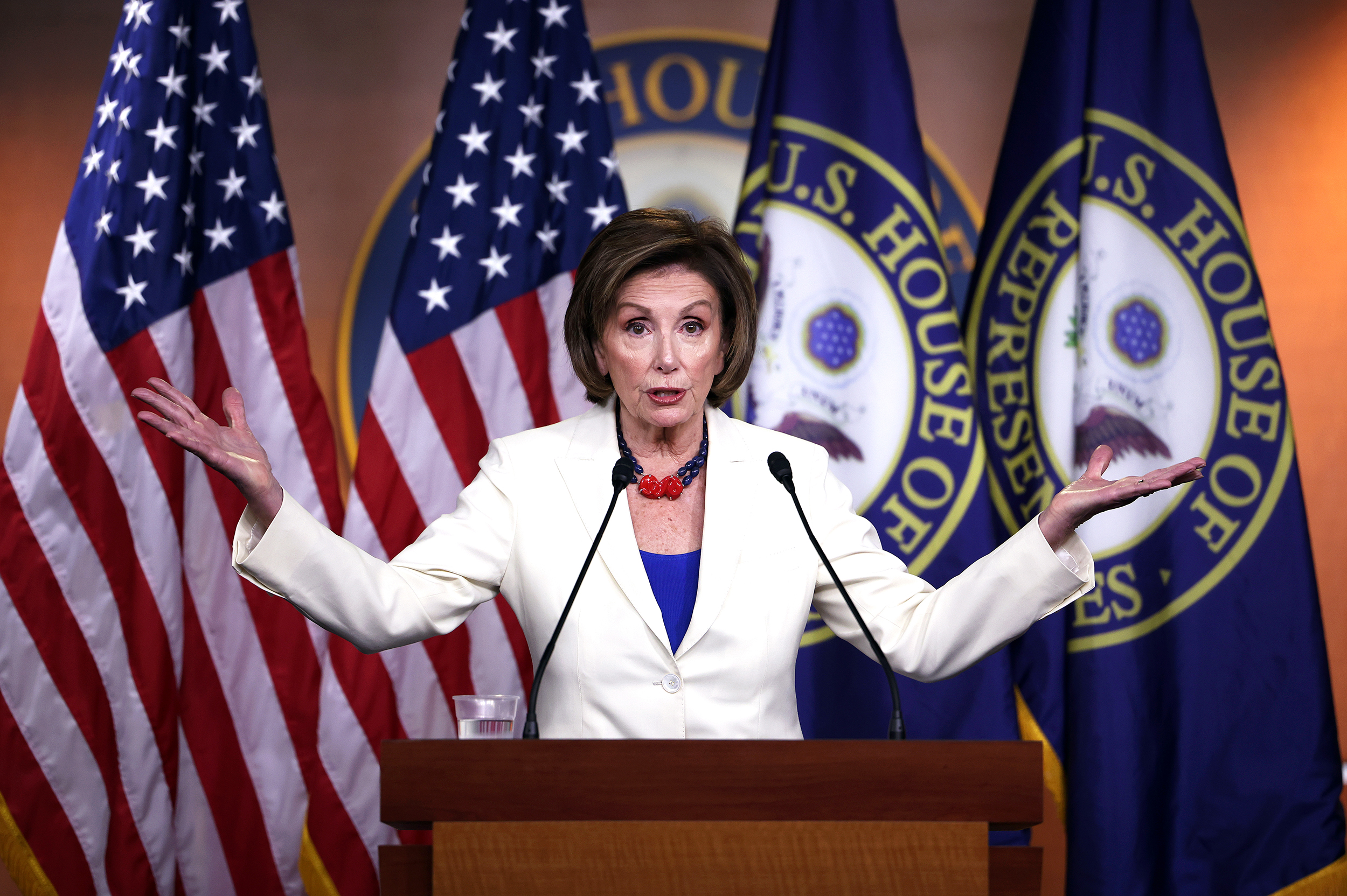 Moderate House Democrats are uneasy over Pelosi's infrastructure strategy