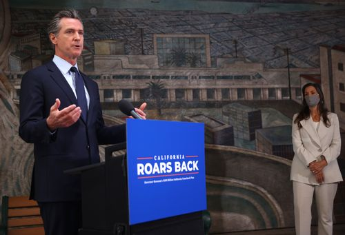Image for Newsom proposes giving two of every three California residents $600 as recall campaign heats up