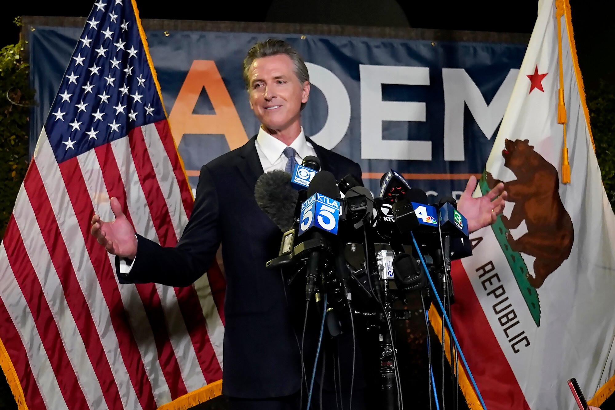 Democrats eye Newsom's success running on Covid rules while cautioning that 2022 map doesn't look like California