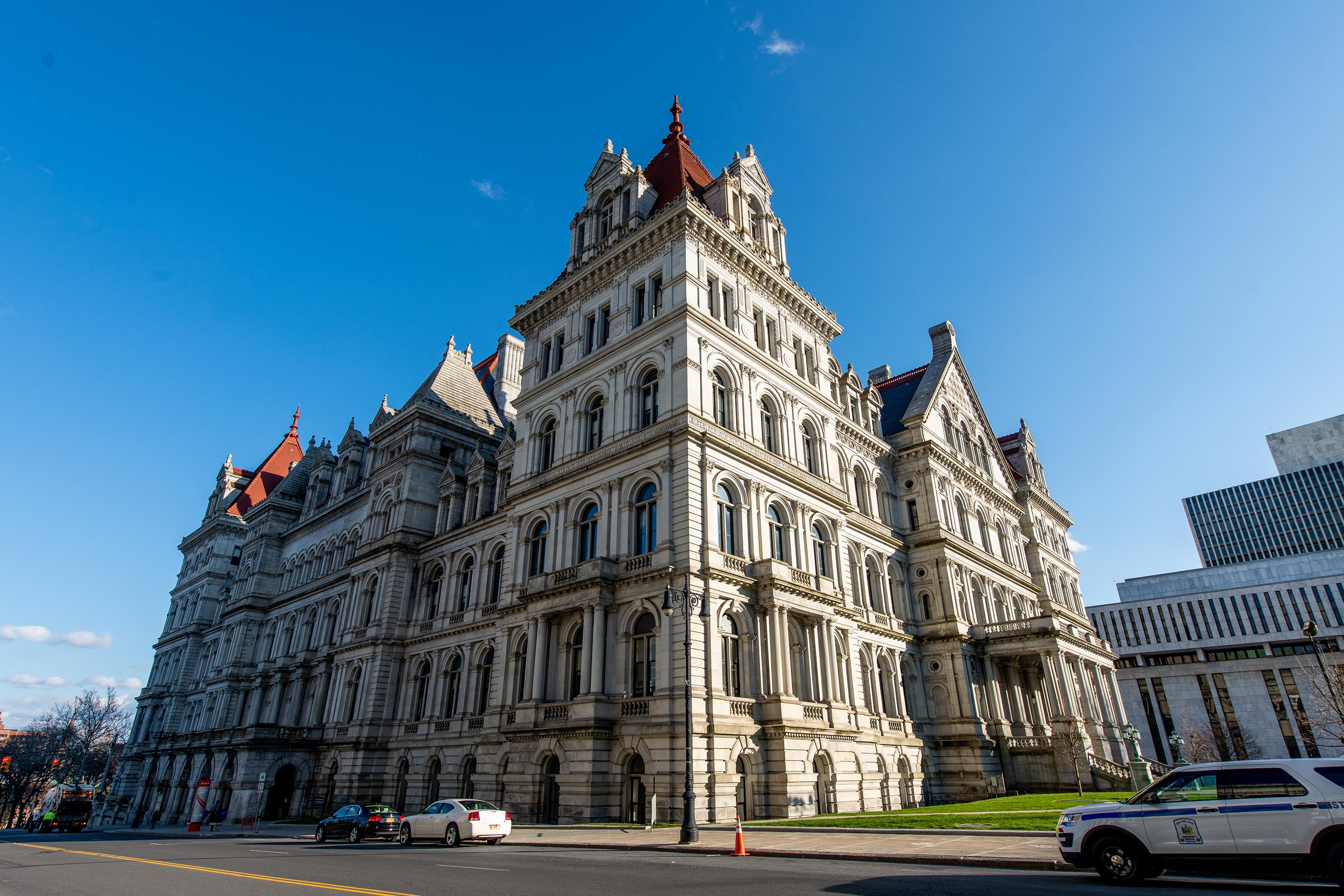 New York state legislature passes bill that would automatically restore voting rights to people on parole