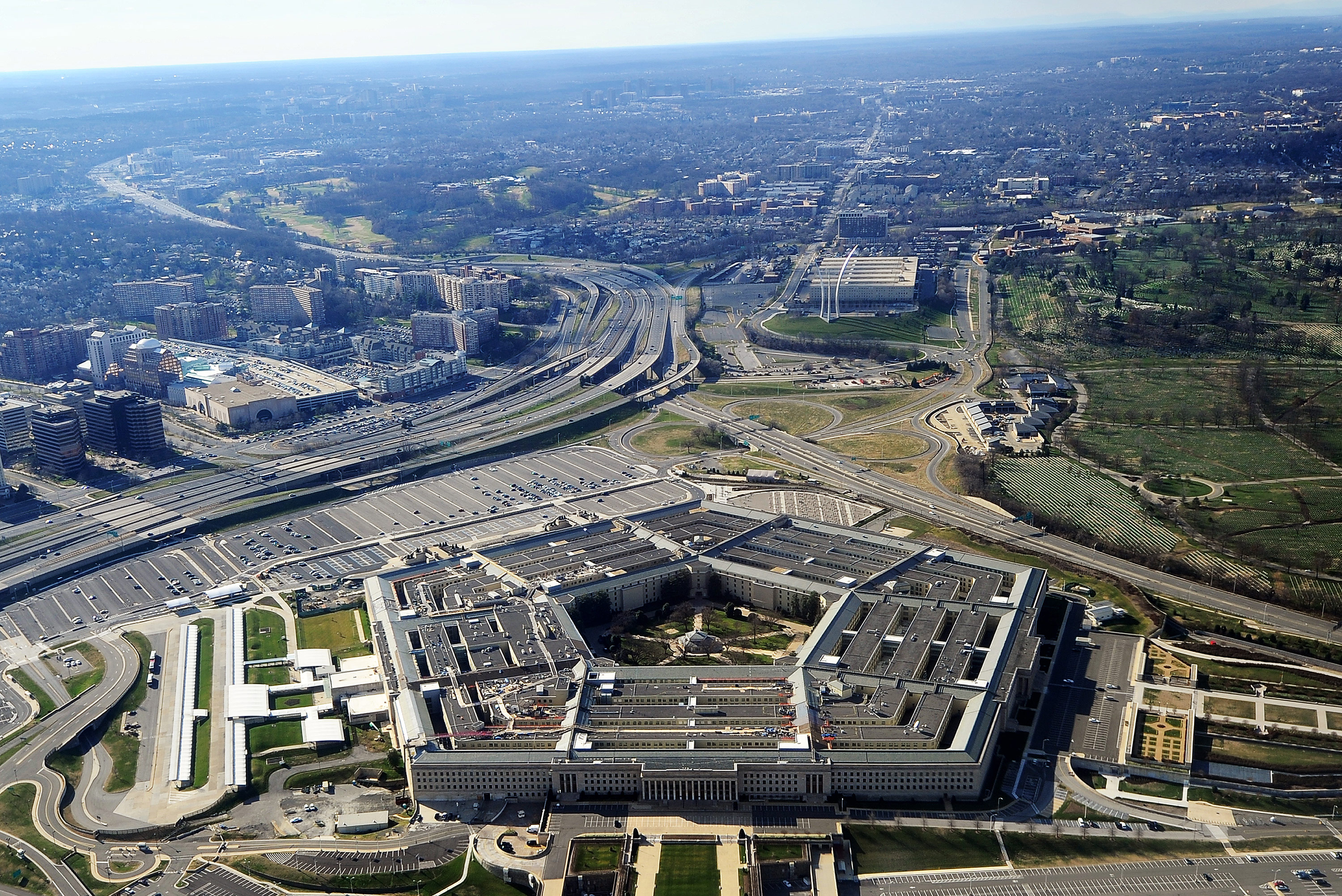 Pentagon says it still hasn't sent ventilators because it hasn't been told where to send them