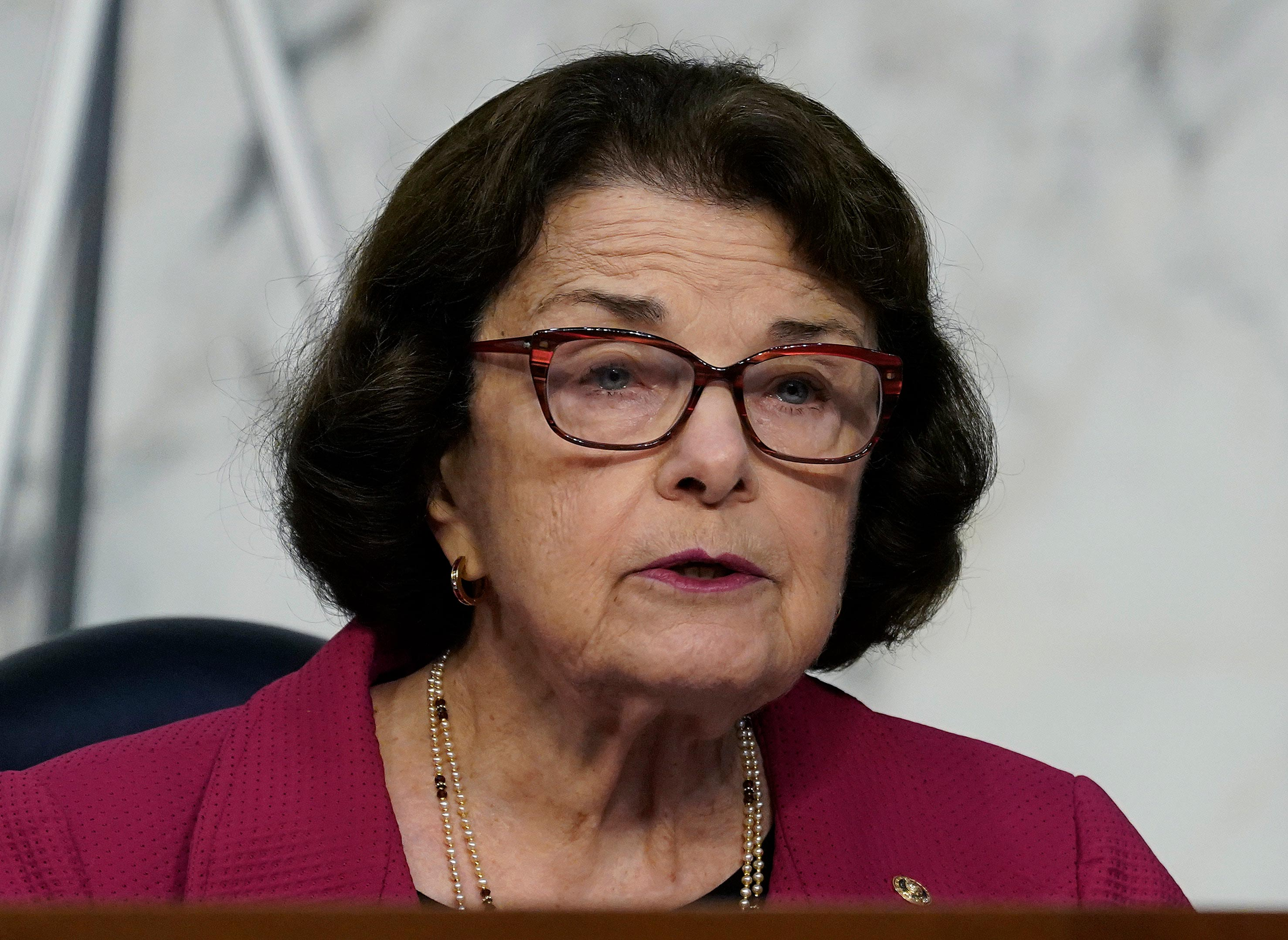 GOP rushes to Feinstein's defense after her praise of Barrett hearings prompts Democratic fury