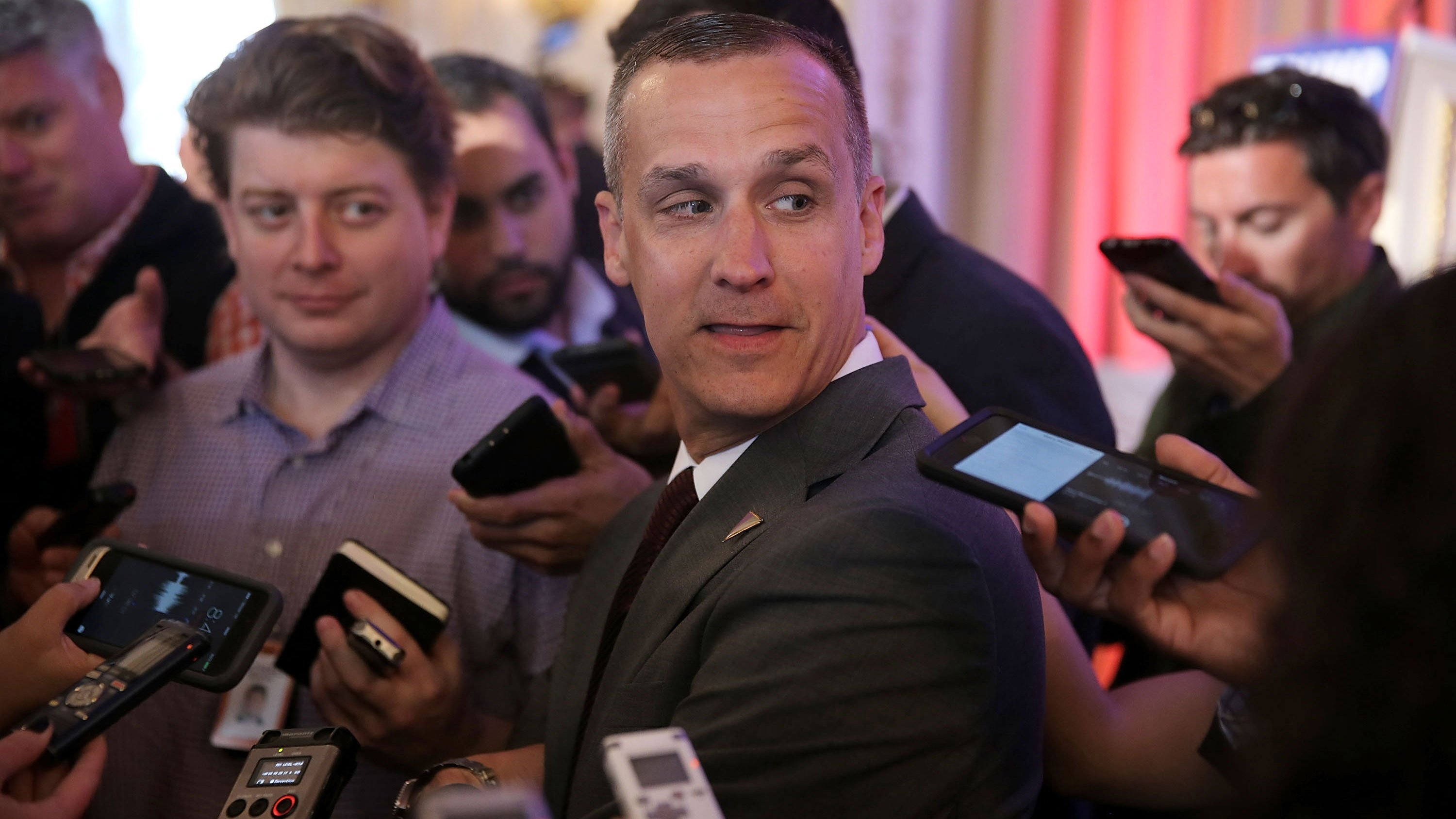 White House tells Lewandowski not to answer questions and asserts immunity for Dearborn and Porter
