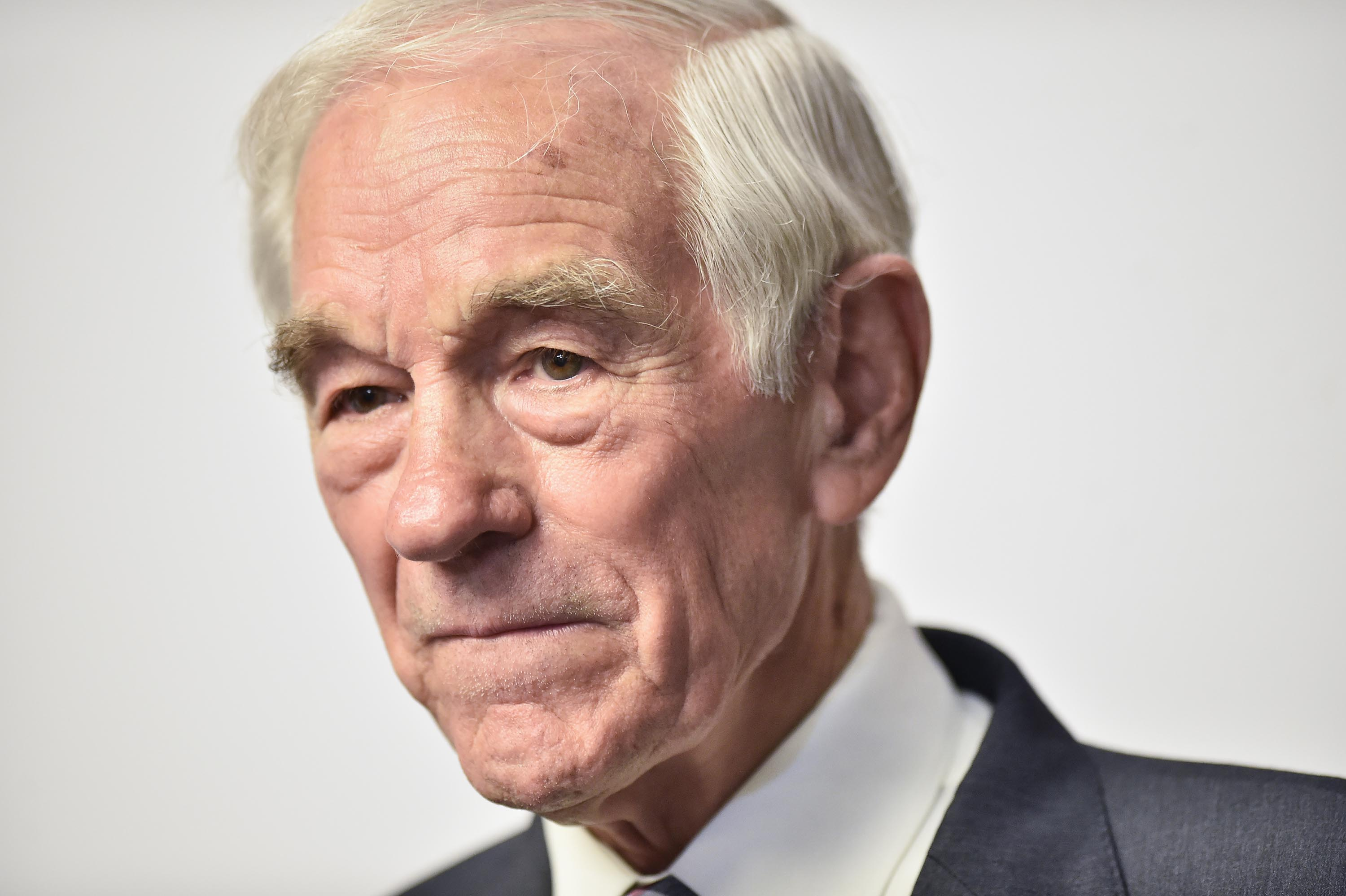 Ron Paul hospitalized after apparent medical episode, says he's 'doing fine'